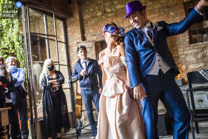 wedding photography at carate brianza - reception during a very special wedding dance