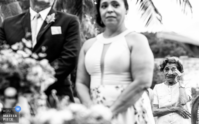 Alagoas wedding photography from the Brazil ceremony of a crying grandmother at grandson wedding