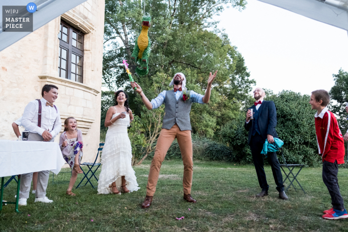 Wedding photography from Haute-Vienne at The Old Castle of a Pinata and joy