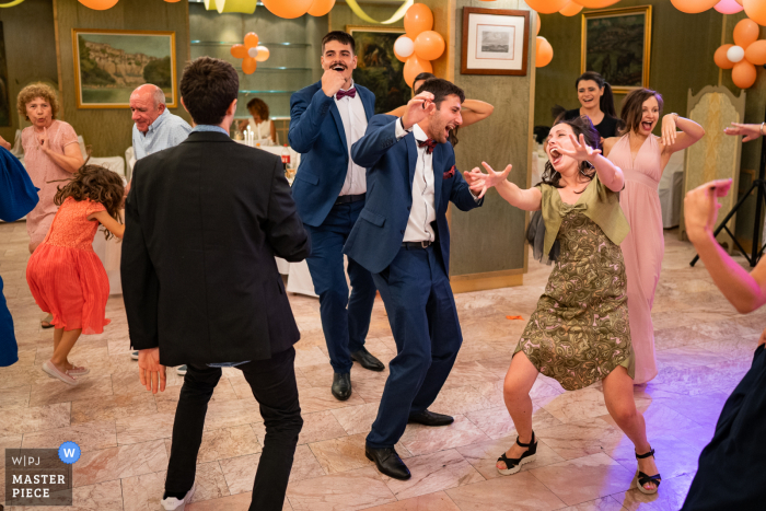 Restaurant wedding photography from Bulgaria of the festive reception dance Party