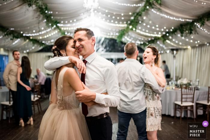 Vakarel, Villa Ekaterina wedding photography on the dance floor during a Moment of tenderness