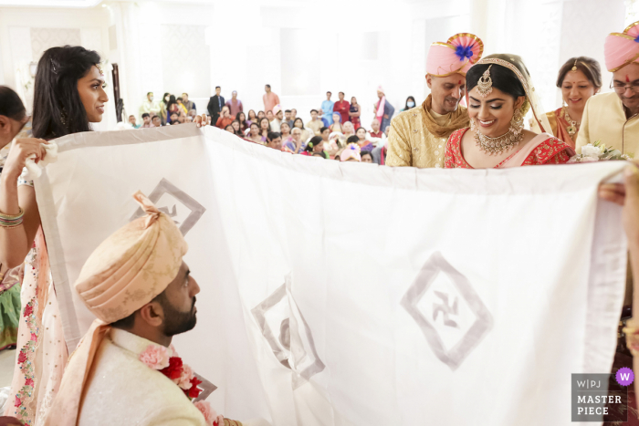 Oasis palace wedding photography from an Indian event venue ceremony