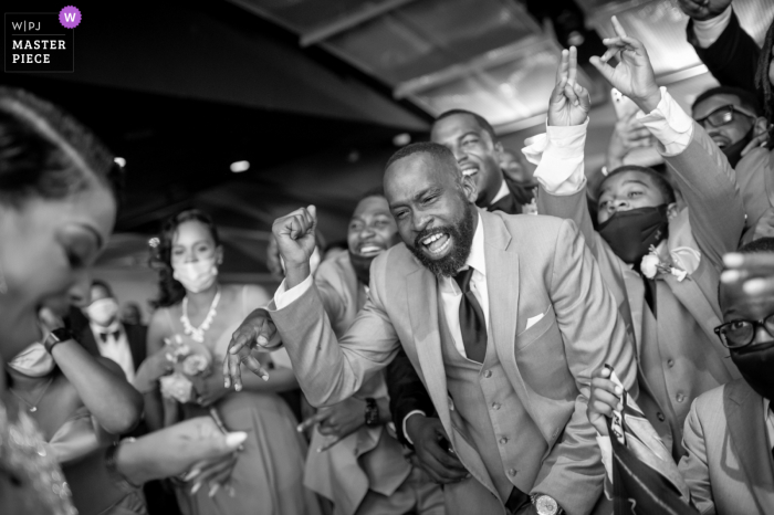 Best wedding photography from Baltimore showing a pic in BW of bride and groom intro dancing