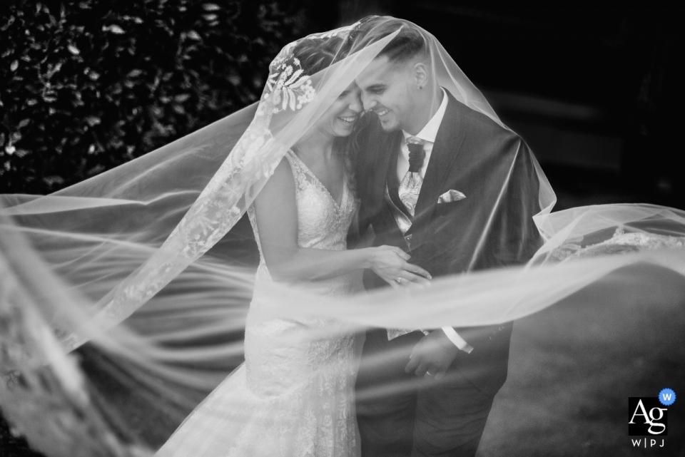 Mirador de Cuatro Vientos Hochzeitspaar unter dem Schleier bei Porträts