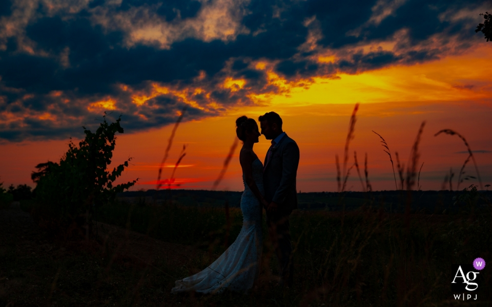 Reception Venue at Chateau de Malliac, France | Couple portrait after wedding  in the sunset