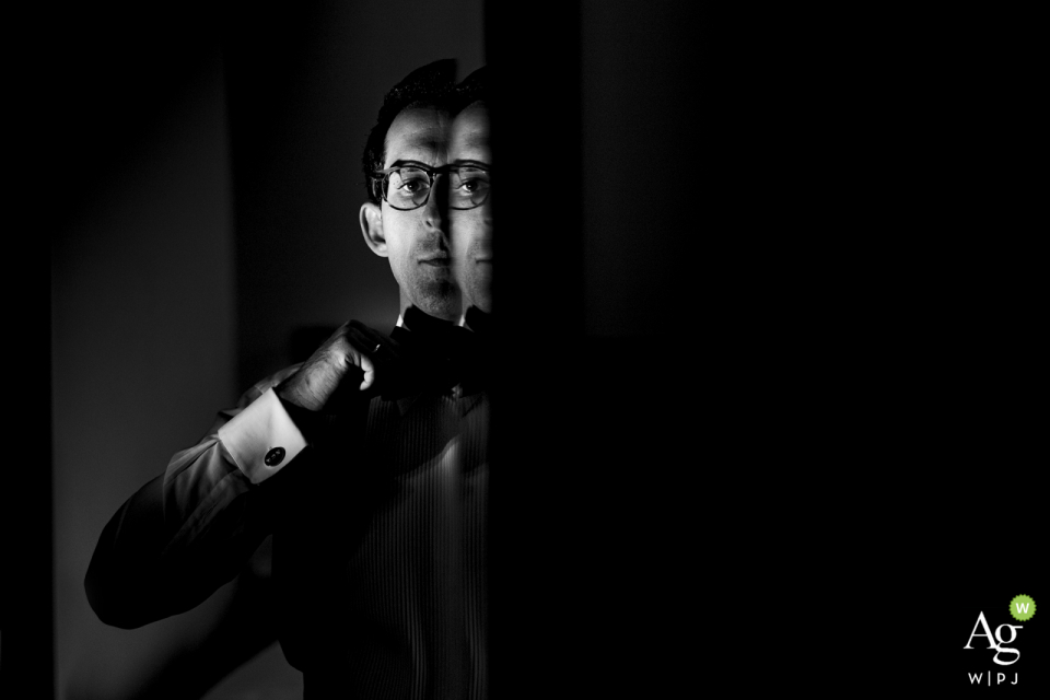 Mersin Hilton Hotel /Turkey Groom's portrait from a mirror reflection | Black and white photography on wedding day.