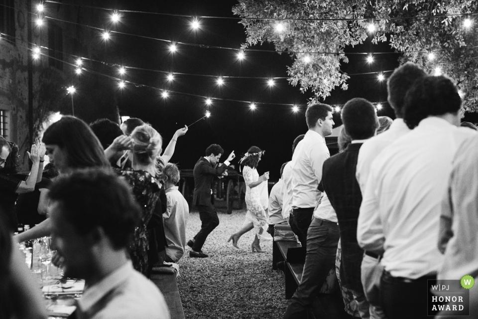 tenuta mocajo, pisa | photos of dancing before the dinner....