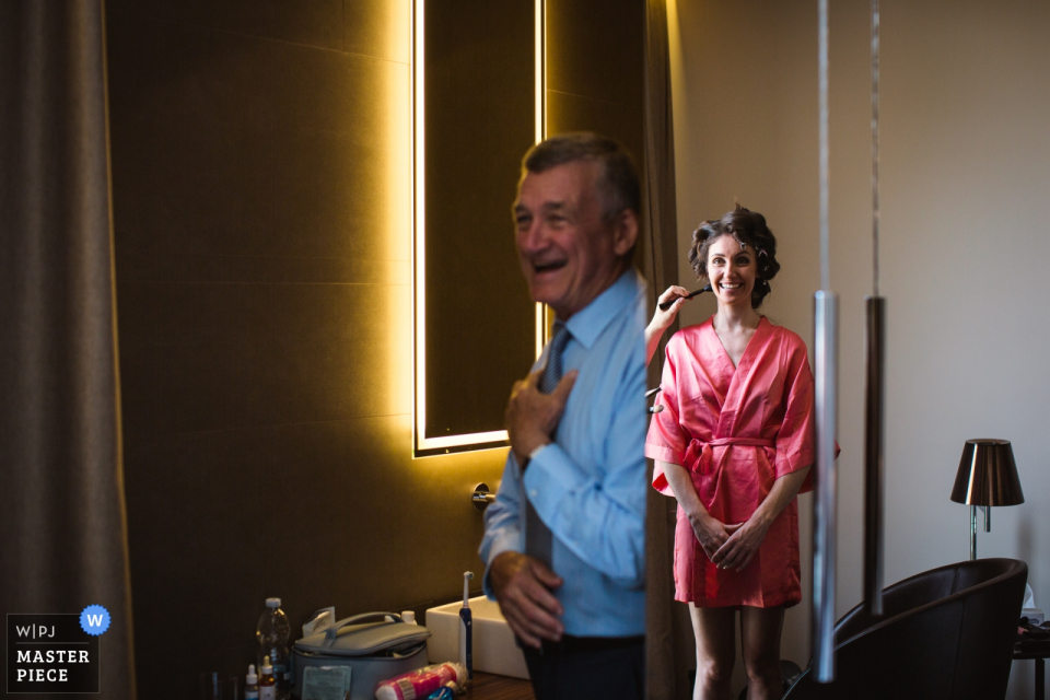 Villa Canton Trescore Balneario Hochzeitsort Fotos von Vater und Braut im Spiegel