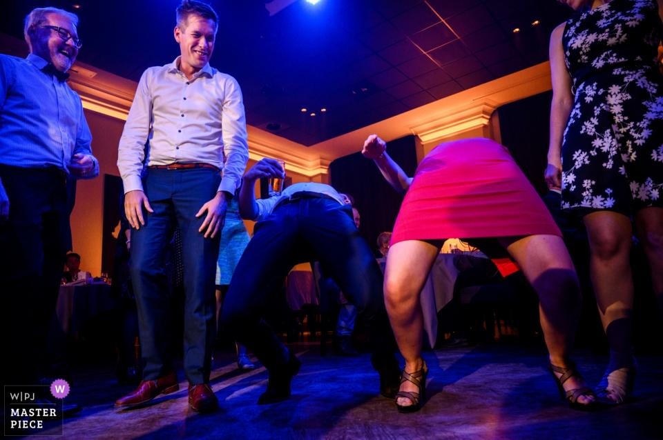 den eyck kasterlee hochzeitsfotografie - tanz auf dem boden