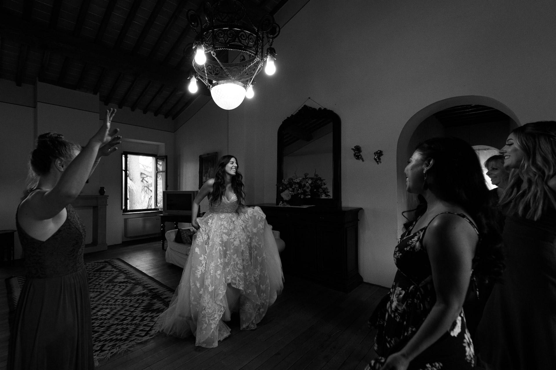 Arezzo Elopement, Toskana, IT-Bilder | Die Braut ist bereit
