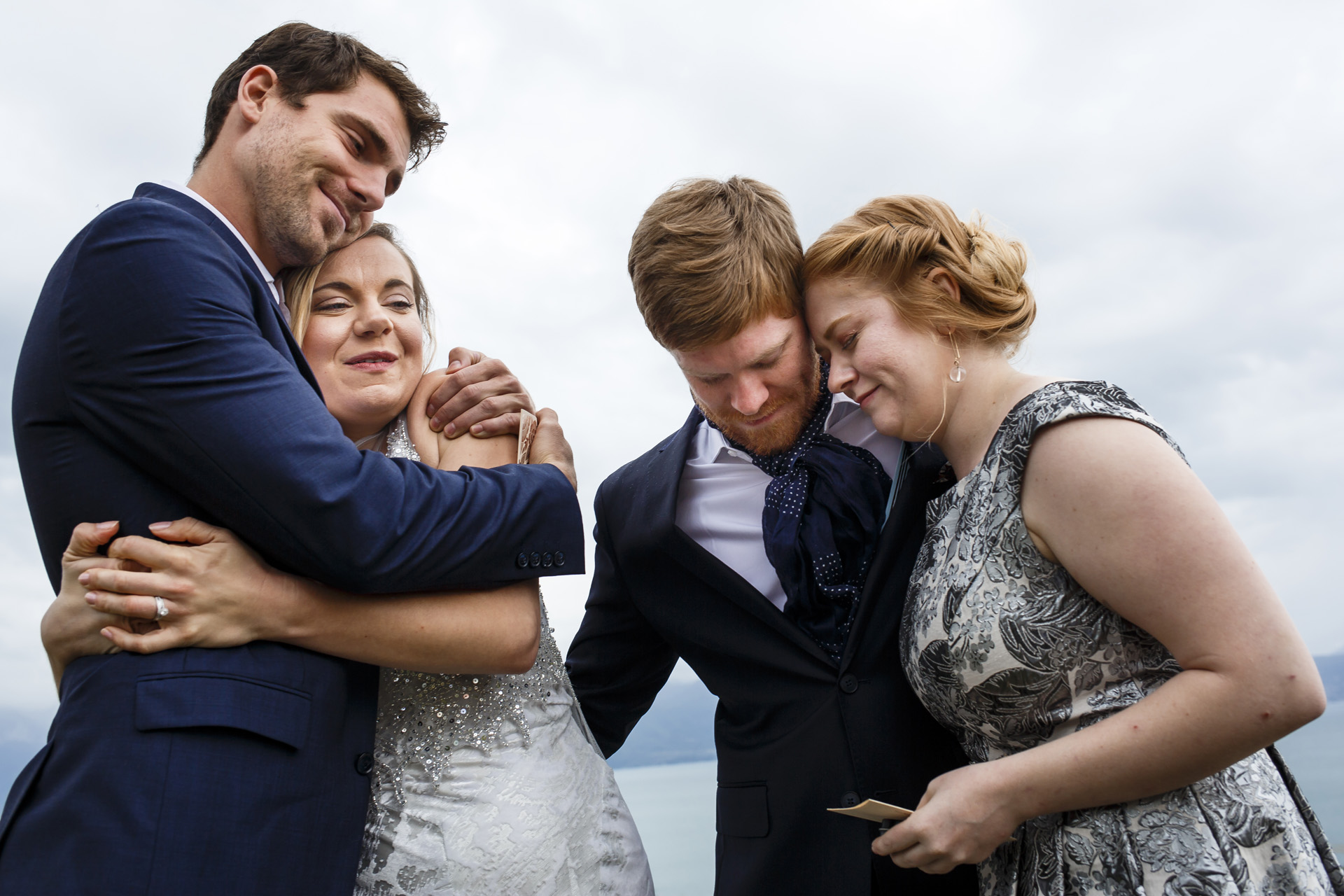 Geneva Lake, Lausanne Elopement Picture | At the end of the speeches all relatives gave big hugs to the couple