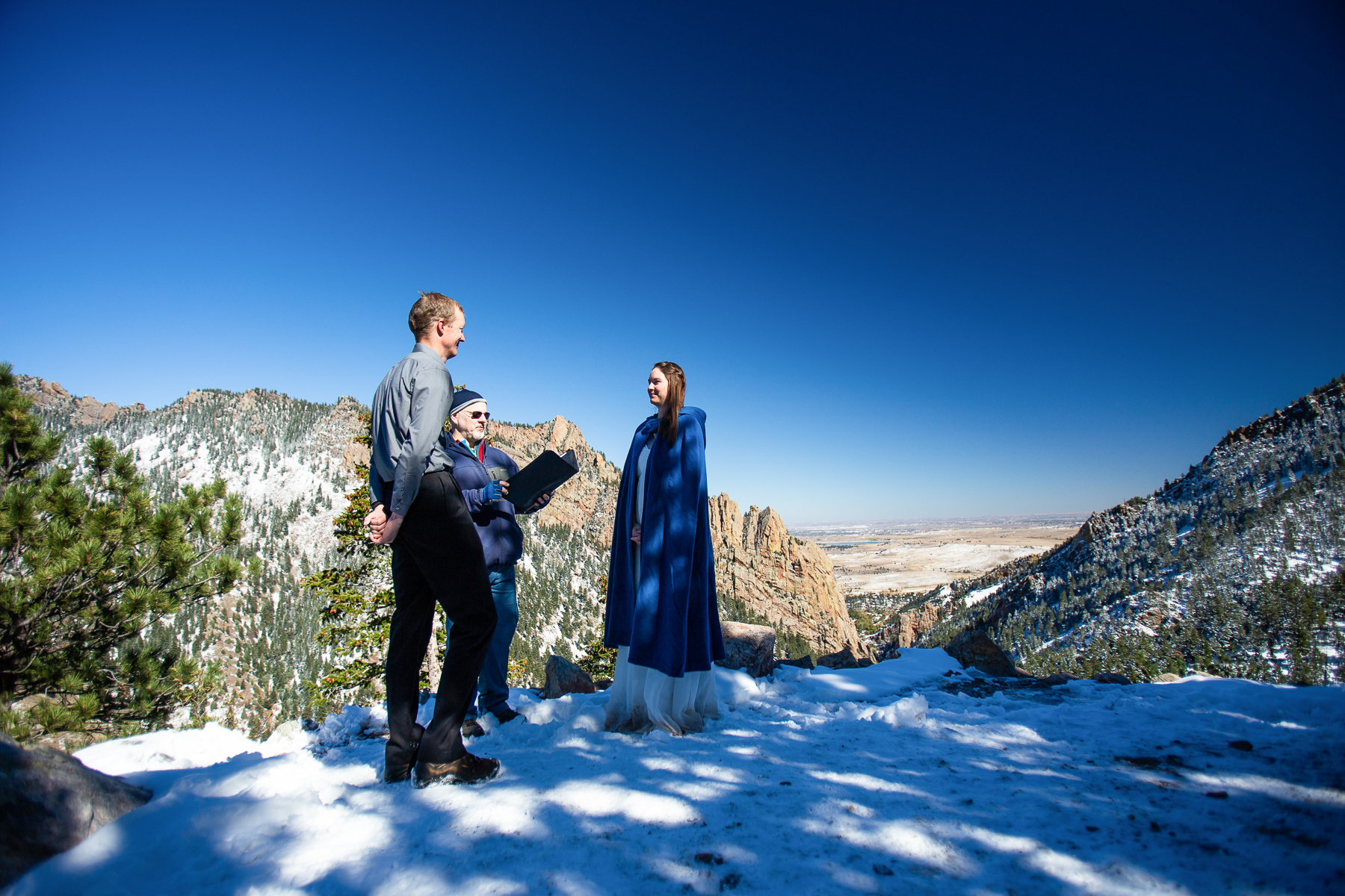 Boulder, CO Winter Elopement Ceremony Image | The divide overlook is known for stunning views of Eldorado Canyon