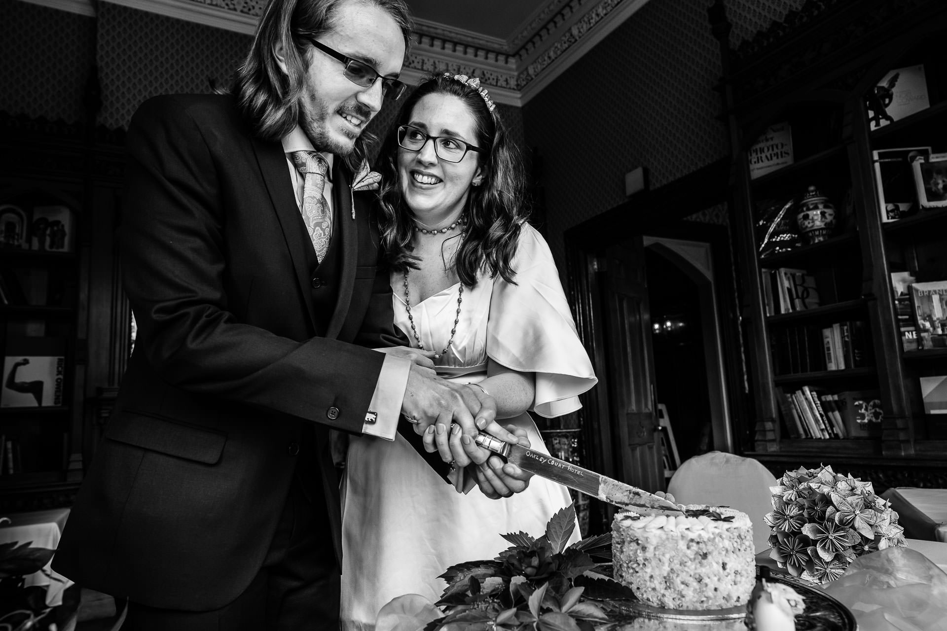 Berkshire Elopement Cake Cut Image | The wedding couple cutting their little wedding cake