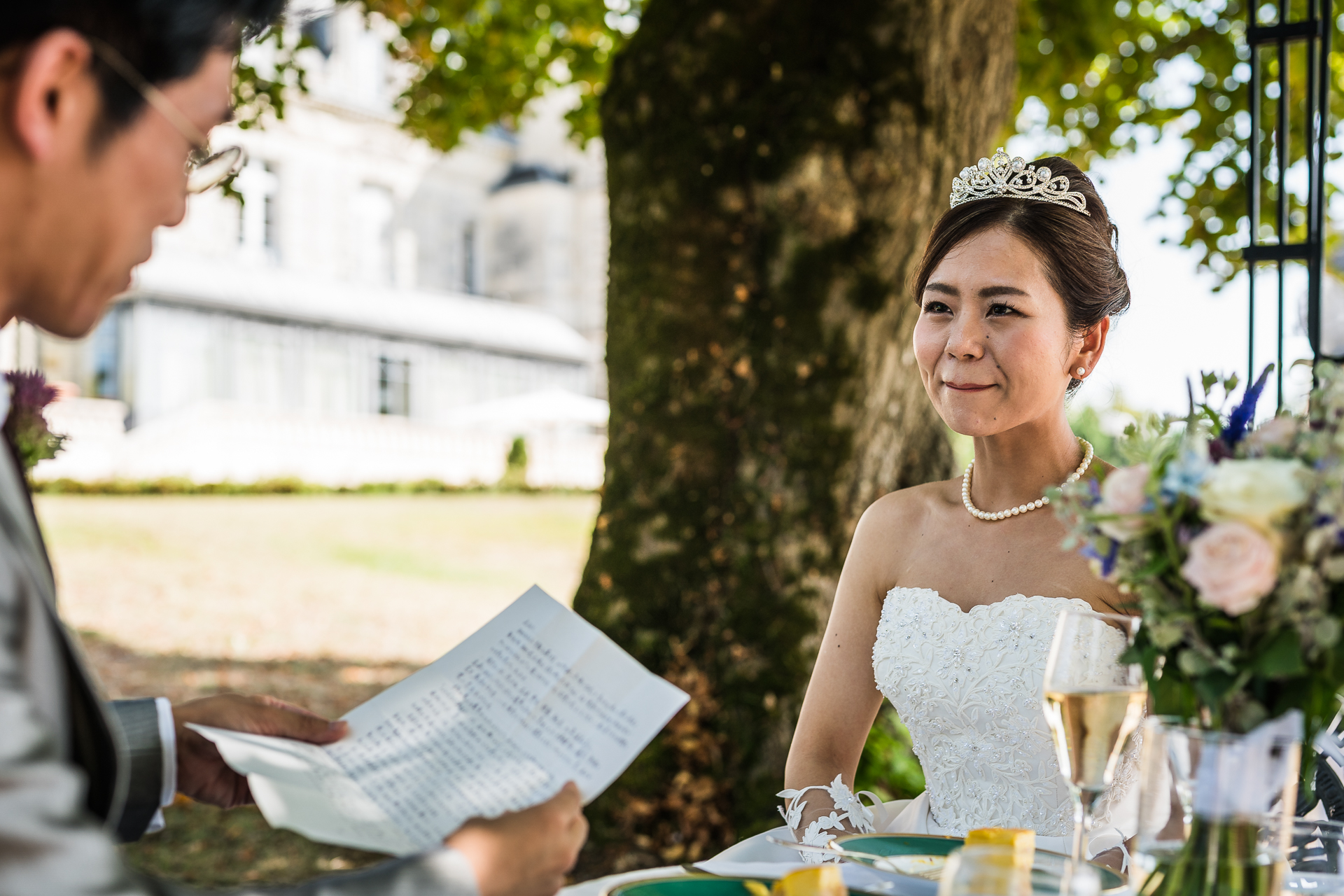 Elopement Couple Image - Bordeaux, France | The bride and groom enjoy lunch outside the chapel