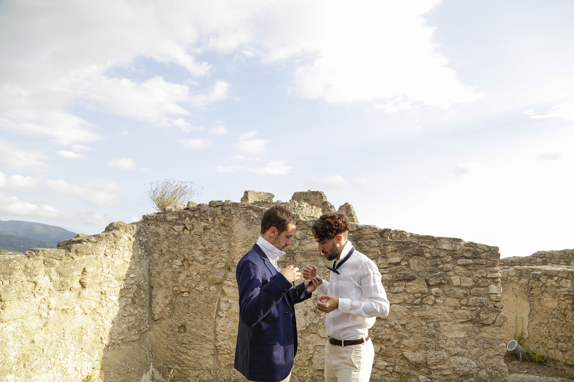 Cosenza Elopement Groom Photography | The groom and one of his twin brothers getting all set