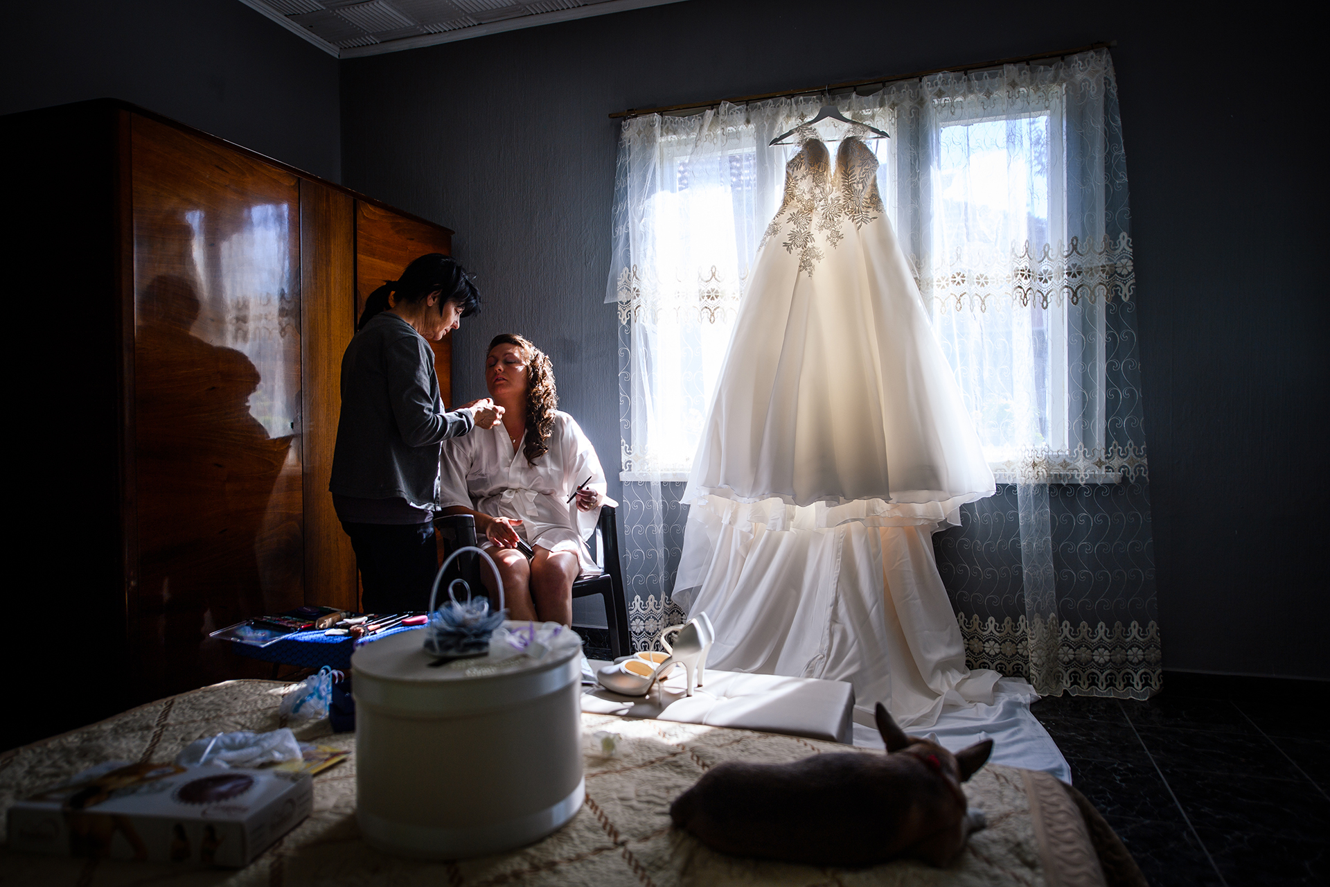 Bulgaria Elopement Photography | The bride is getting her makeup done for her big day
