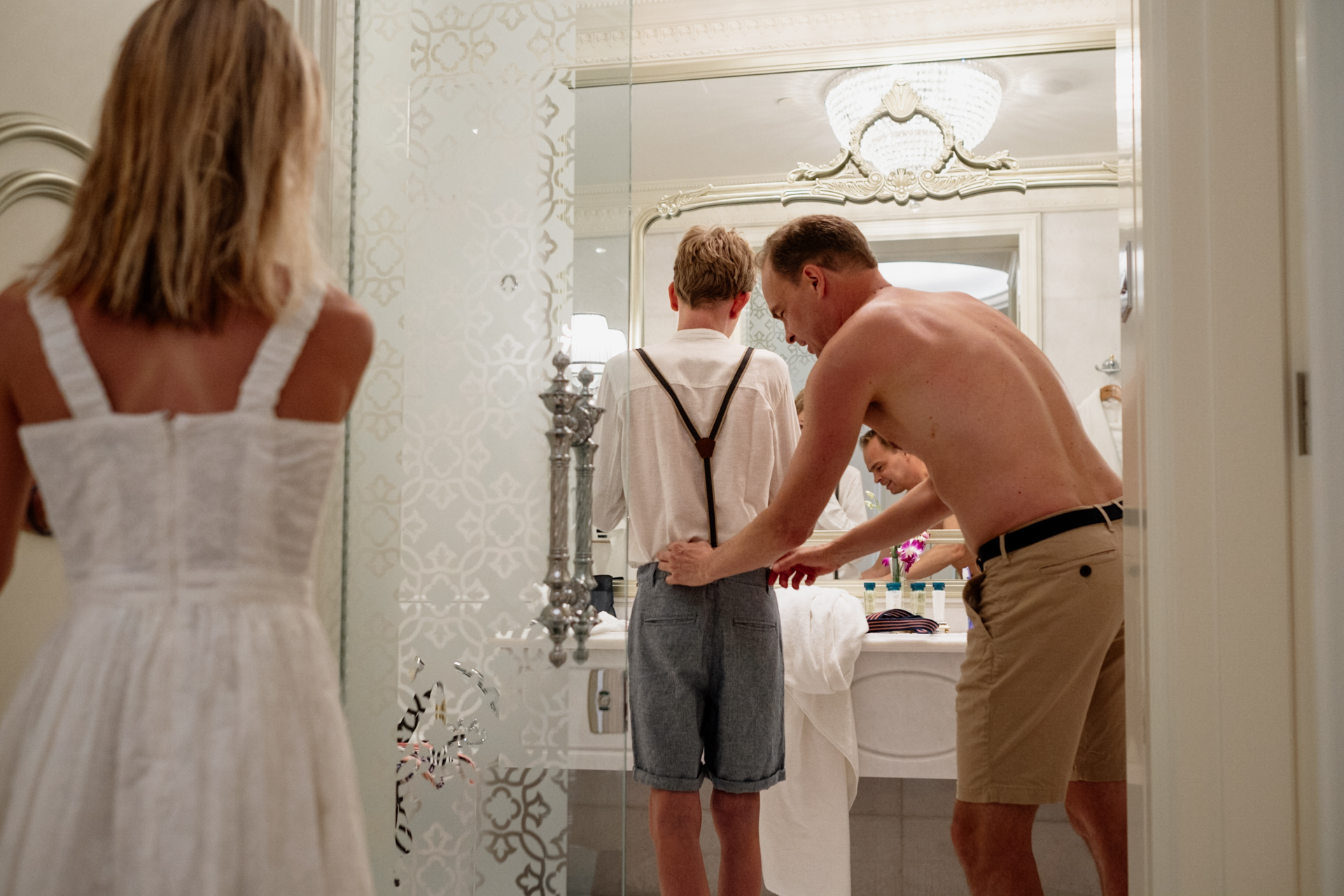 The Palm, Dubai Elopement Image from Kempinski Hotel | Dad and the kids getting ready for the ceremony