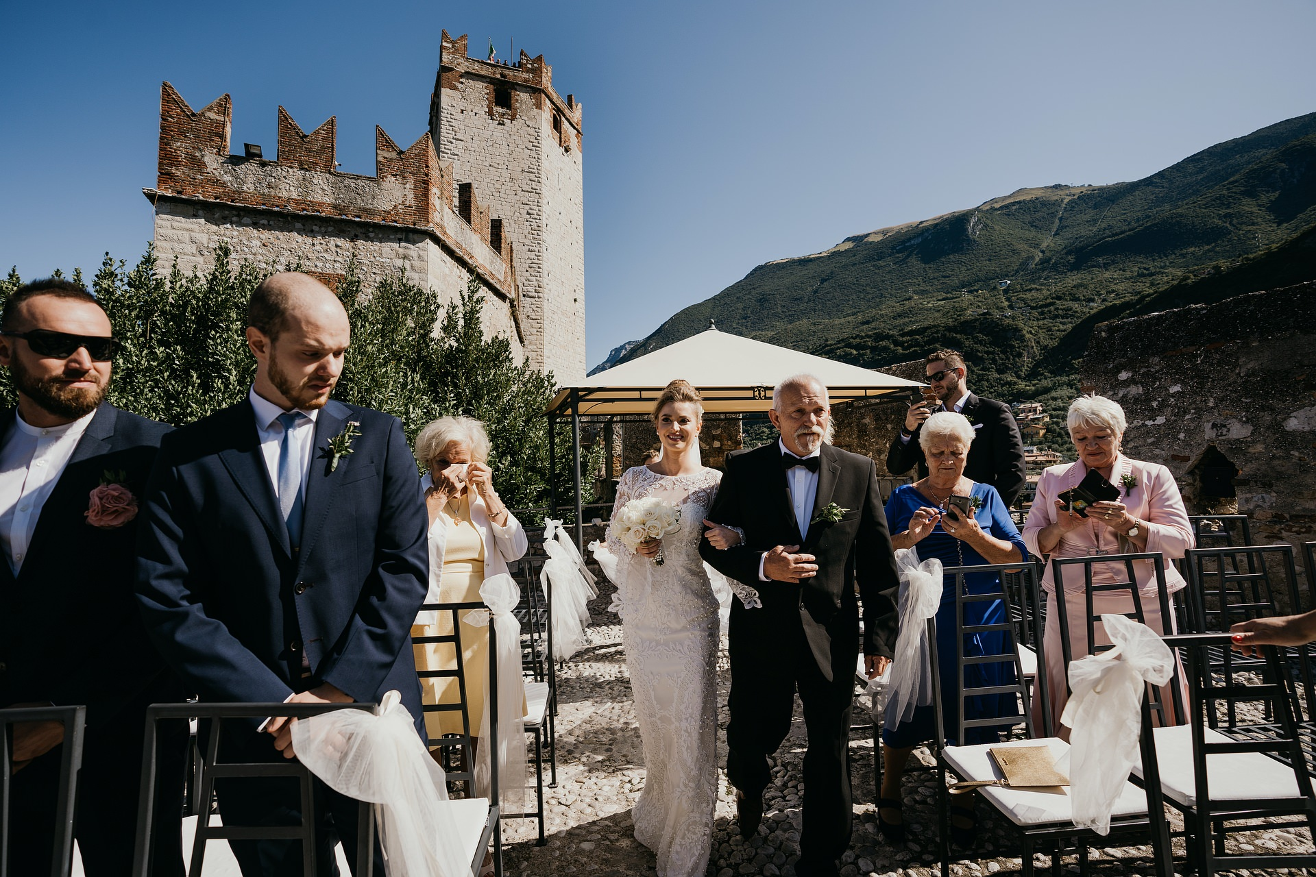 Malcesine Italy Elopement Pictures | the groom is waiting for the bride