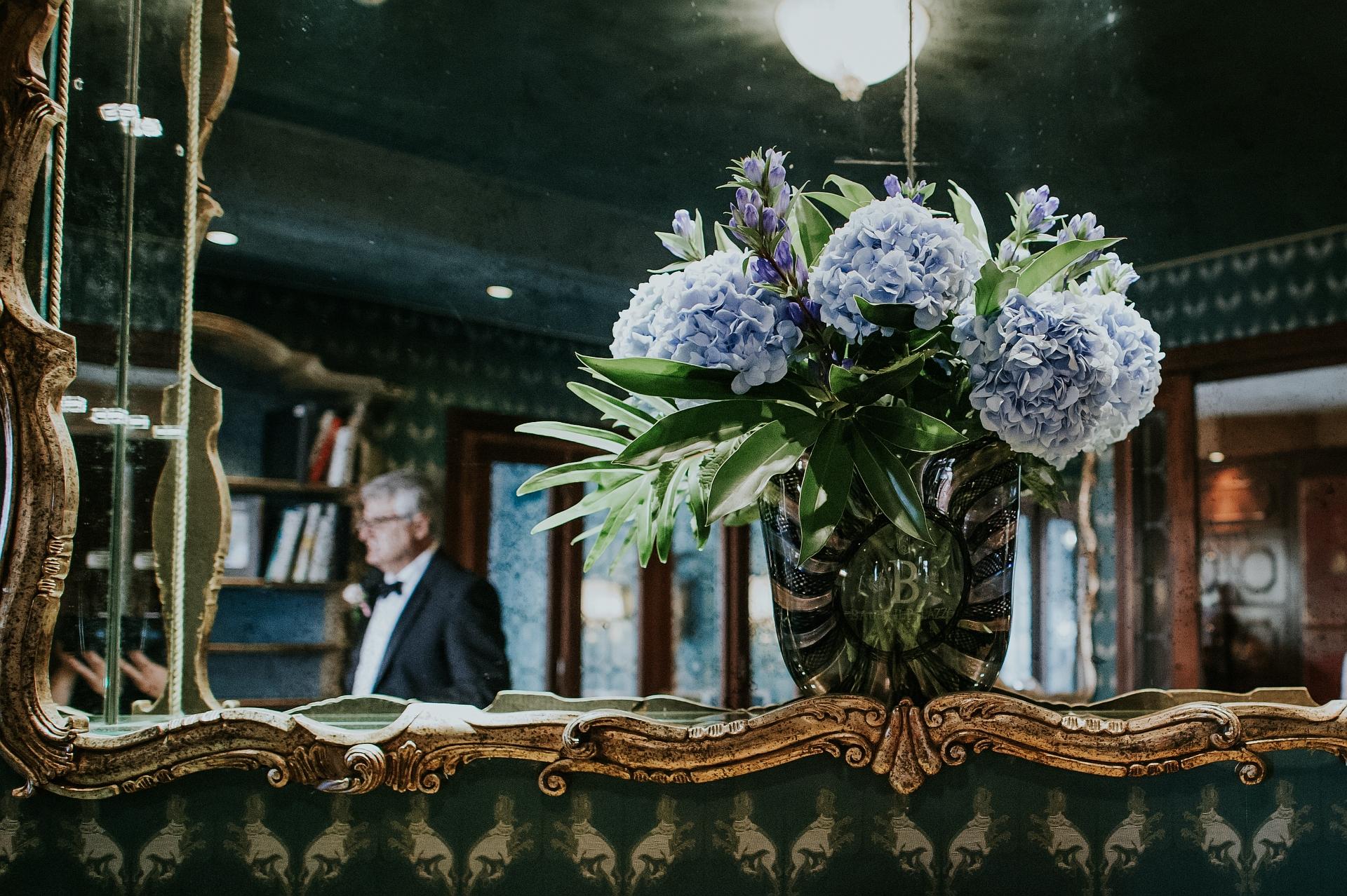 Venetië, Italië Elopement Photography | een weerspiegeling in de gangspiegel