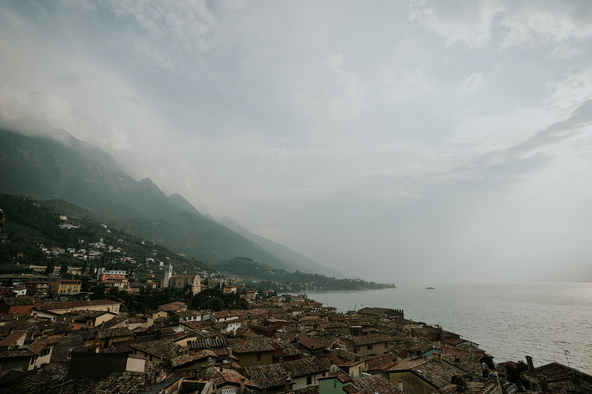 Italy Castle Elopement Photography | the breathtaking view and panorama