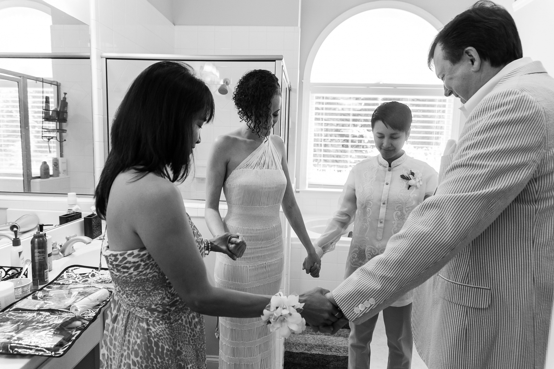 Parents House At-Home Backyard Elopement Photographer | They pray with parents before their wedding ceremony