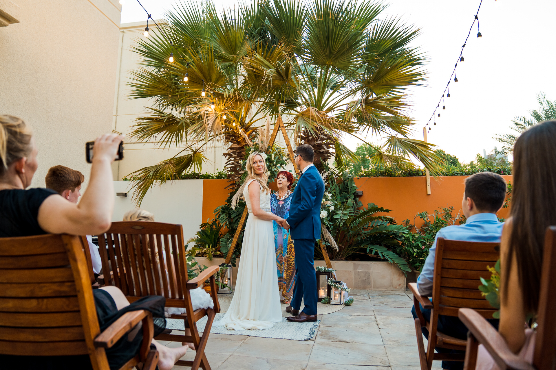 UAE Elopement Ceremony Picture | The bride and groom share an intimate moment