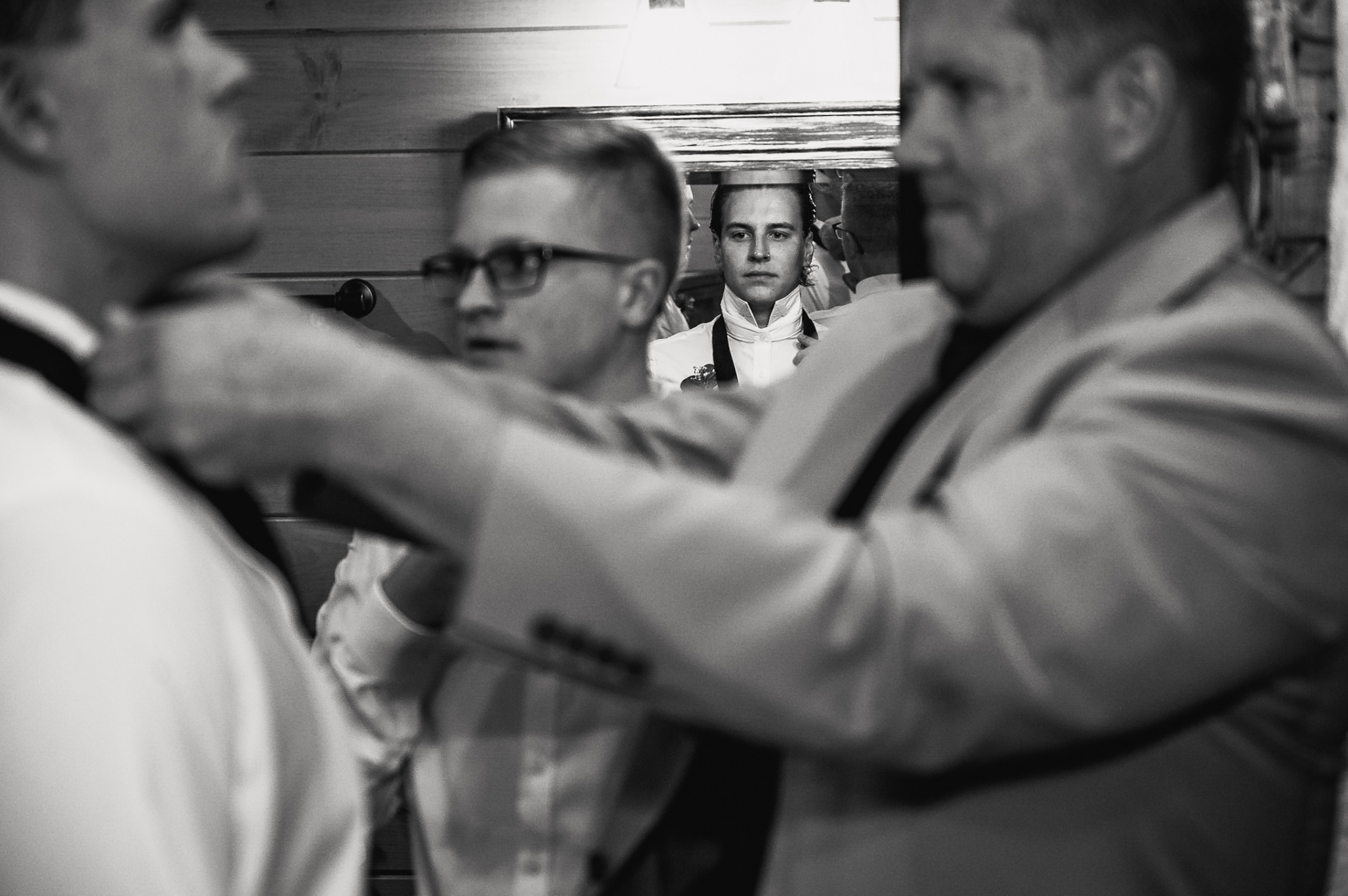 Smoky Mountain Elopement Image, Pigeon Forge, TN | Groomsmen getting ready in front of a mirror