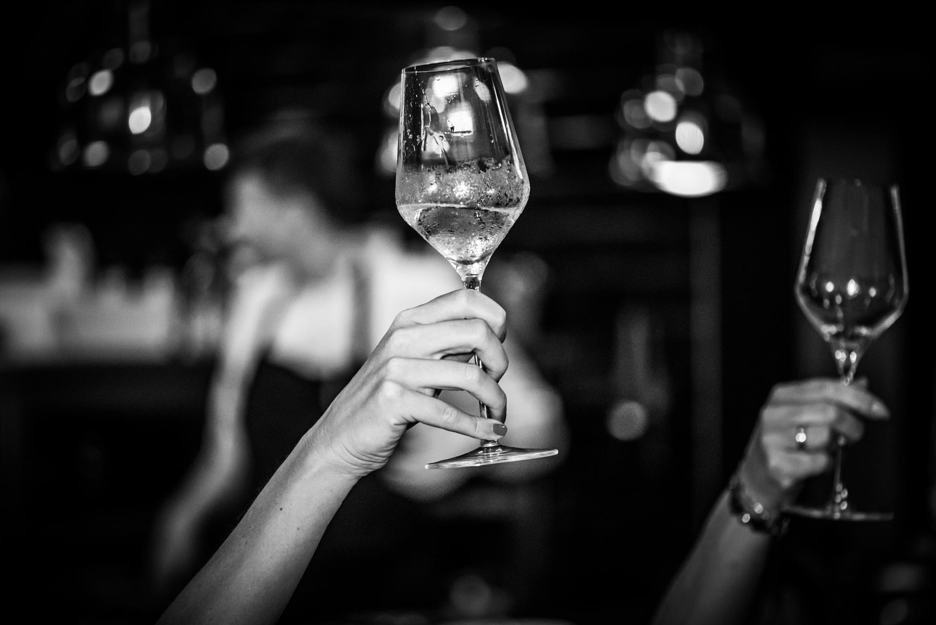 Luogo di fuga d'amore del ristorante Pouwe, a Hoeven | Dopo il servizio fotografico c'è stata una piccola cena intima con alcuni discorsi