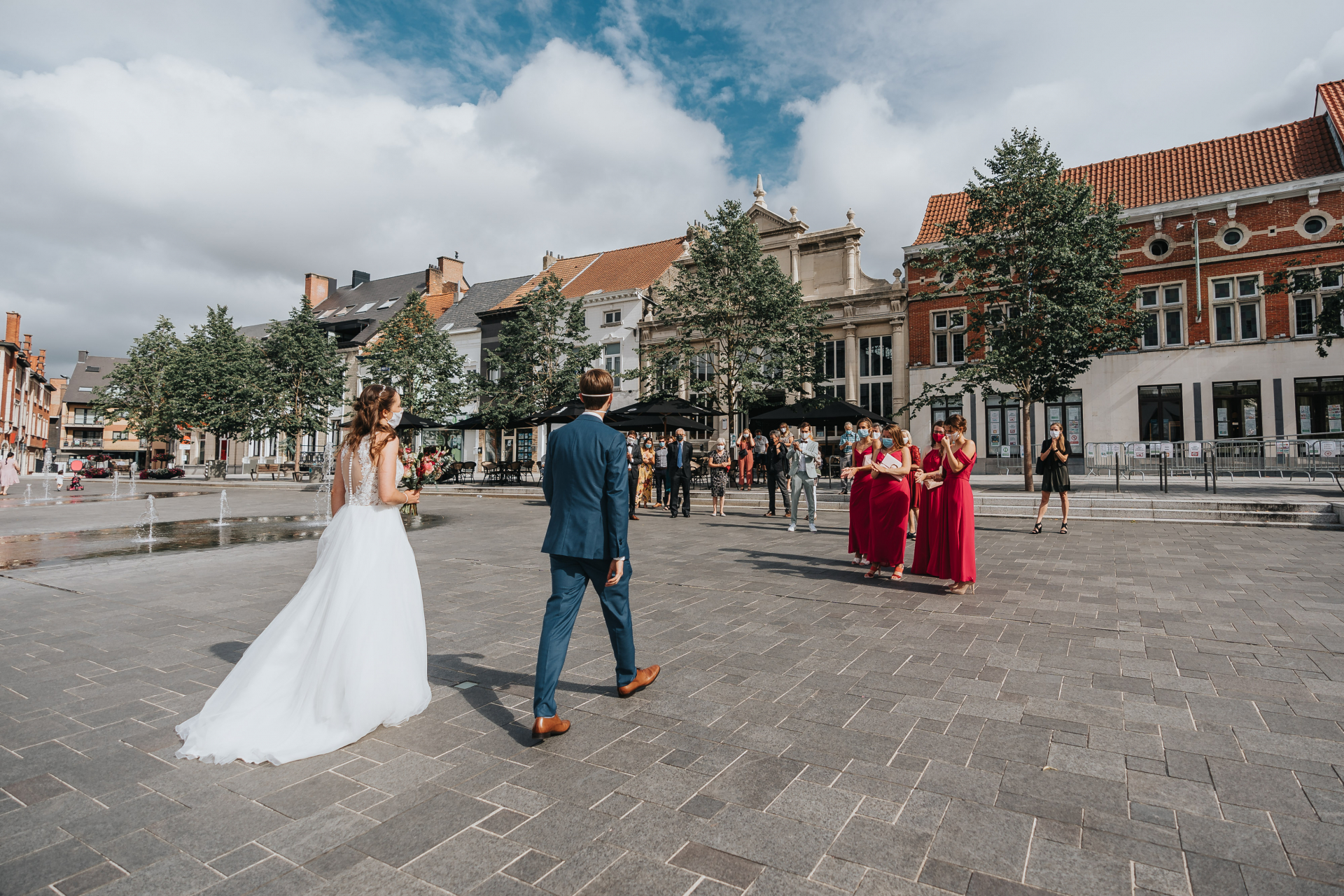 City Hall Vilvoorde Elopements, Belgium Photographer | friends and family from welcoming the couple