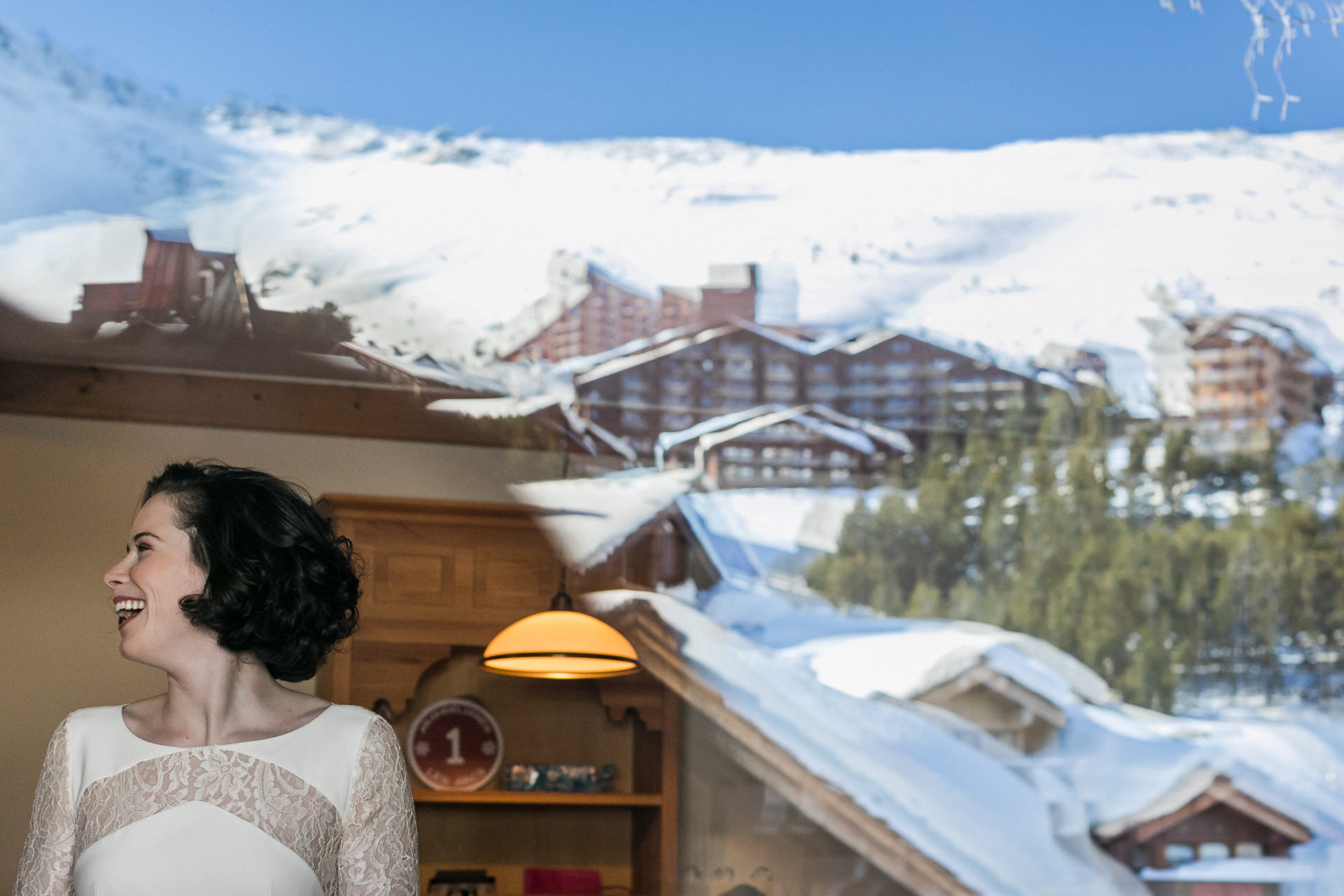 Les Arcs Ski Resort, France Elopement Photographer | the mountains are reflecting in the distance