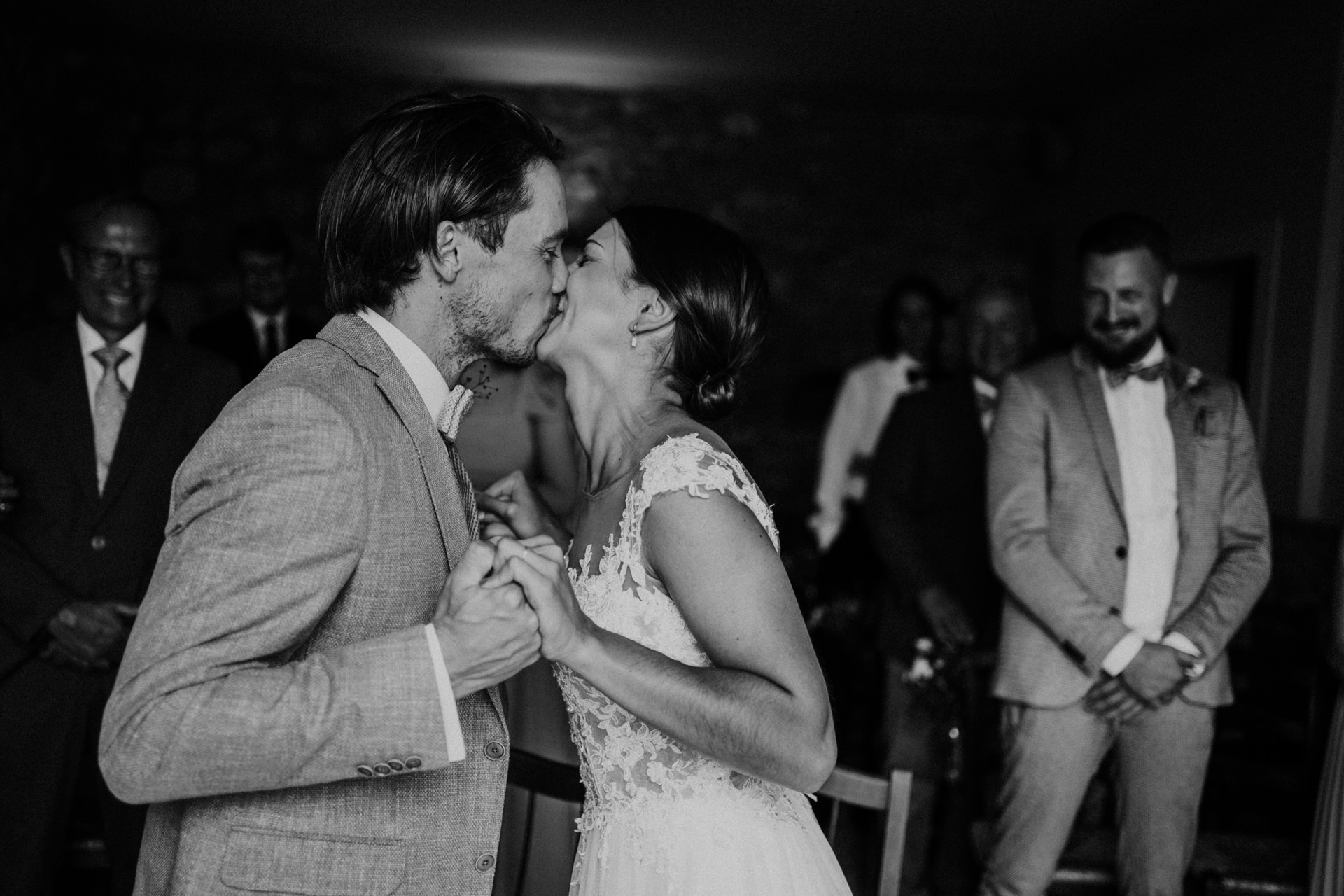 Country Elopement Photography in Tuscany   And now you may kiss the bride