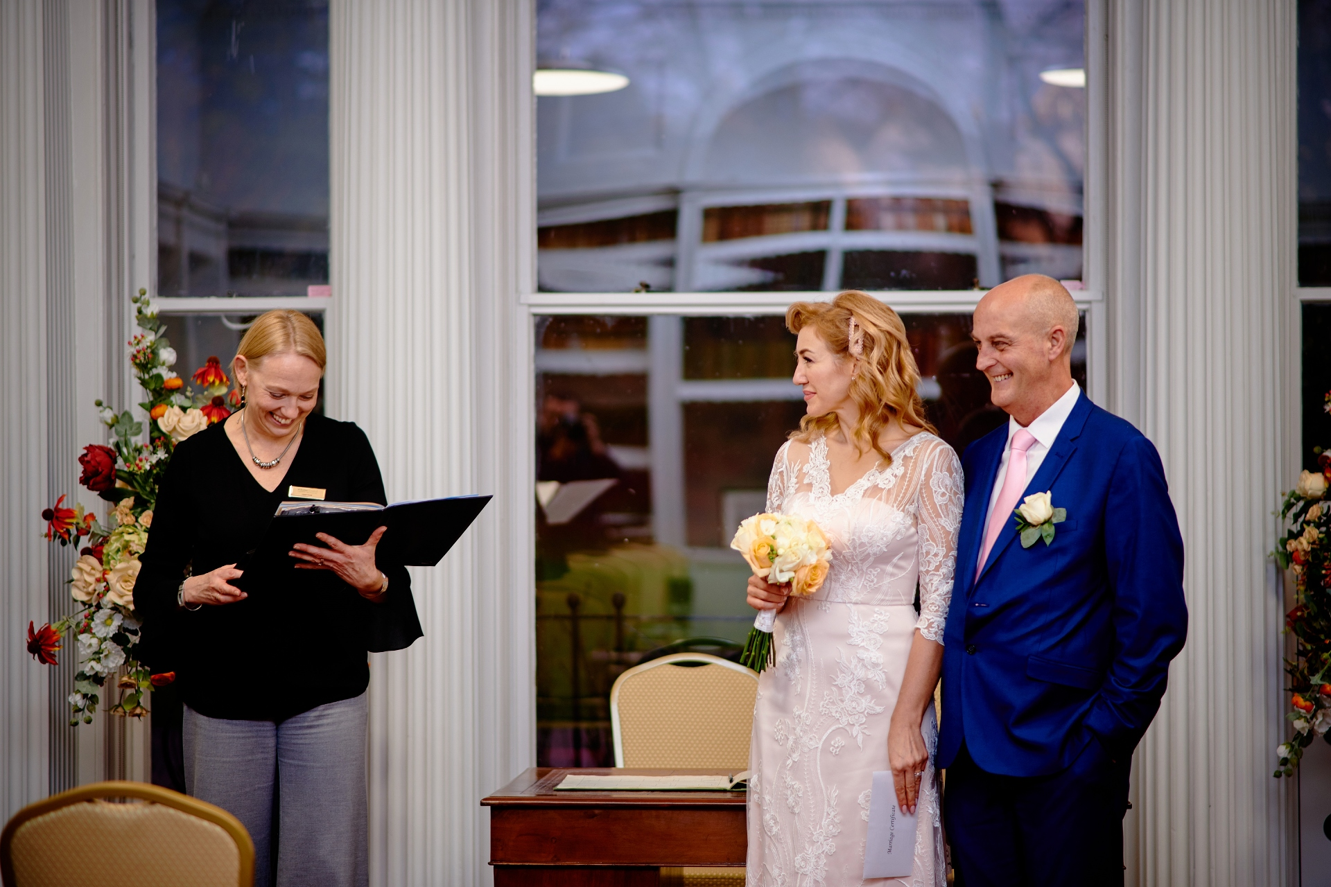 Salisbury, England, United Kingdom Photography | Please stand up and welcome the new couple