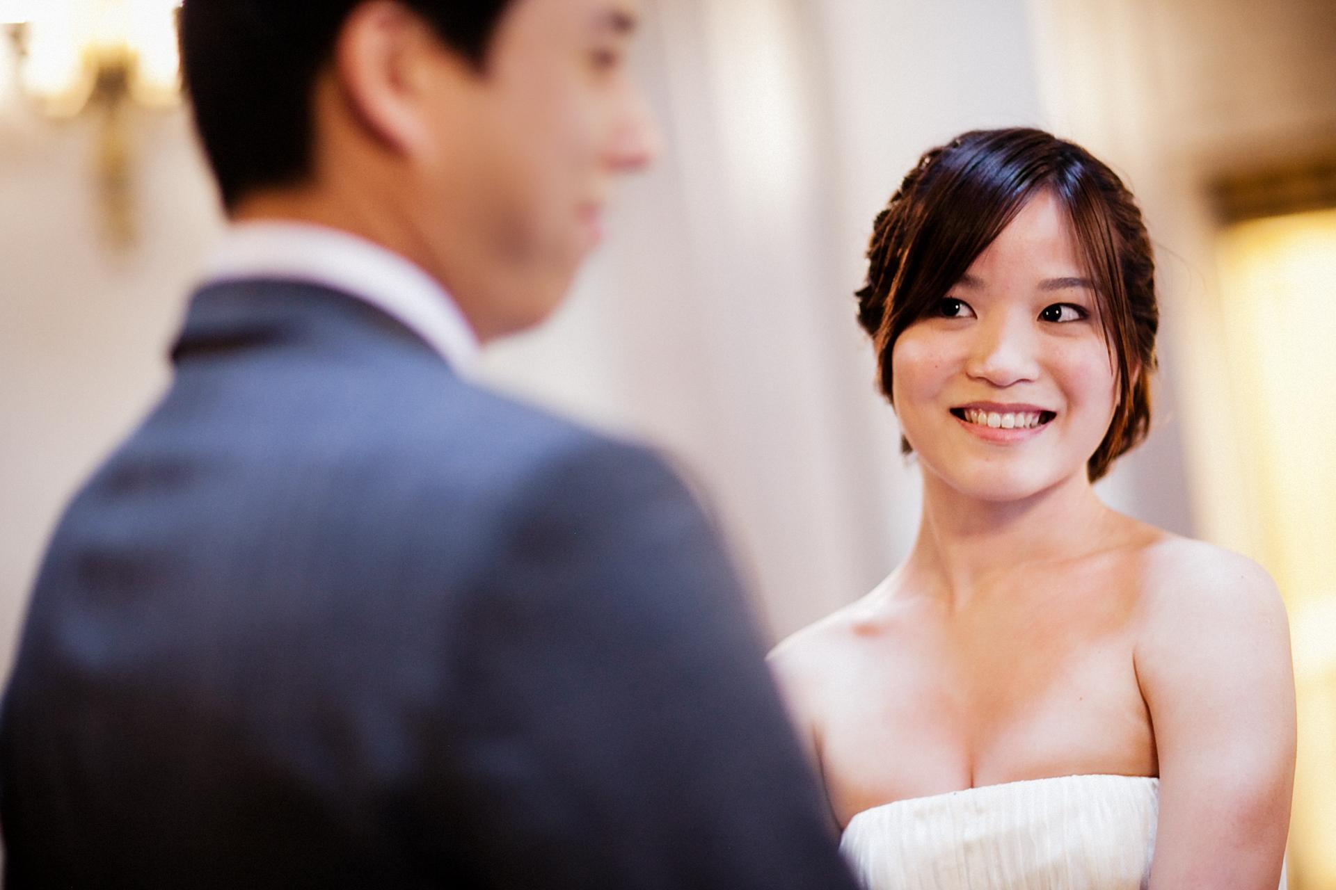 Fotografo di fuga d'amore per il municipio di San Francisco | La bella sposa