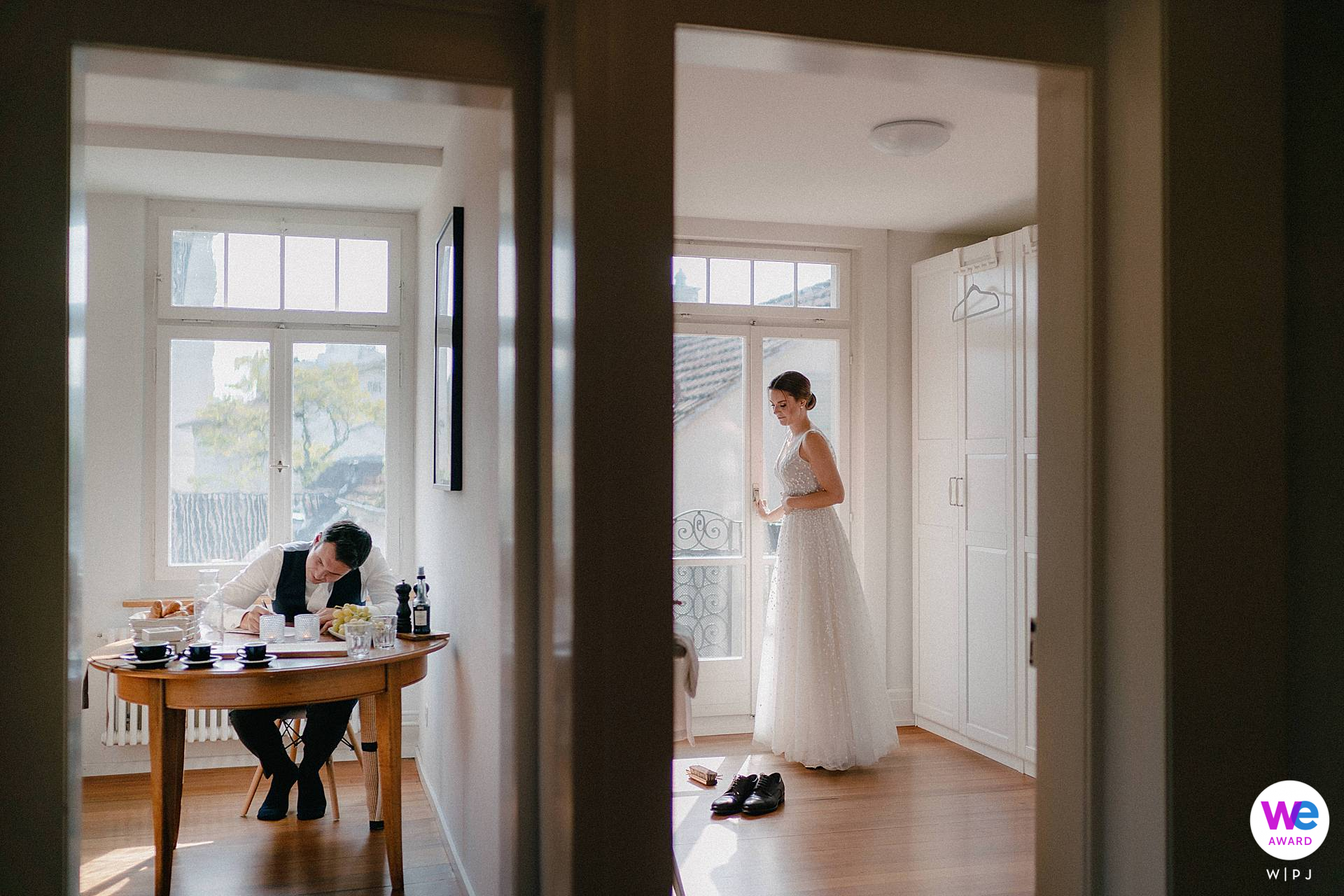 Wedding Photographer for Switzerland | The groom is writing his vows