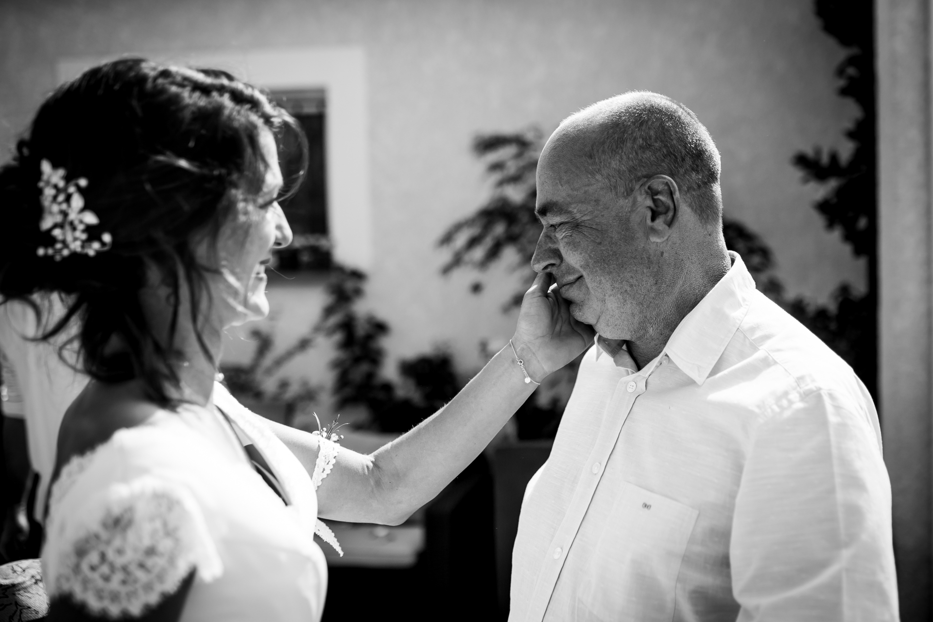 Lescure, France Wedding Day Image | dad was crying when he got to see his daughter