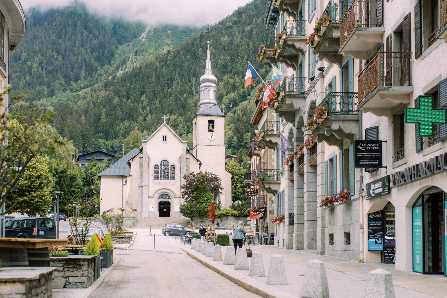 Chamonix Wedding Photographers - French Photography | The bride and groom planned their wedding in the heart of a quaint French town