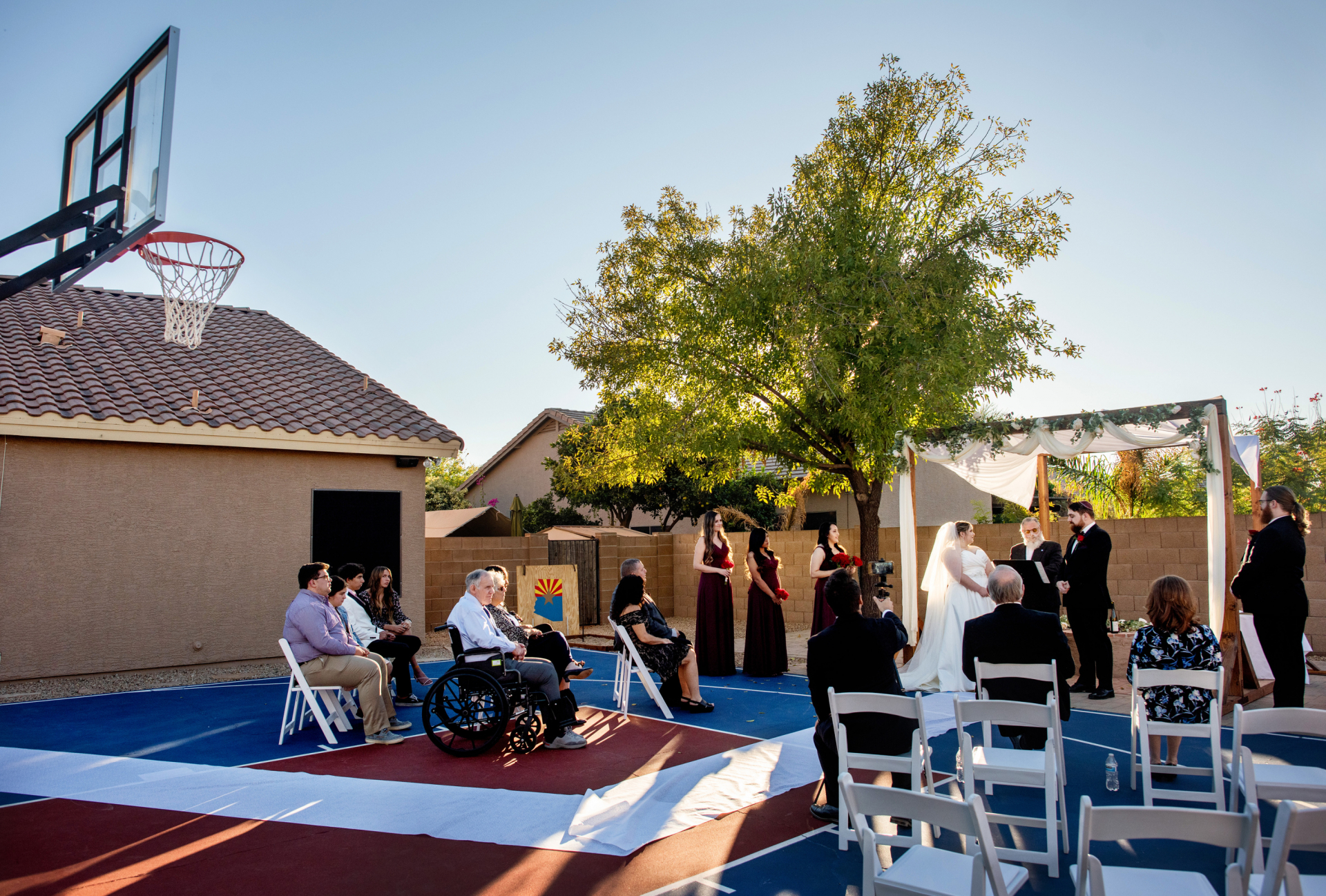 Phoenix Wedding Photography | Arizona sun shining brightly, the bride and groom begin their ceremony