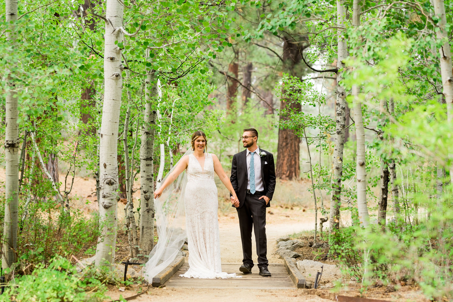 Lake Tahoe Community College Wedding Photography | A private walk in the aspens