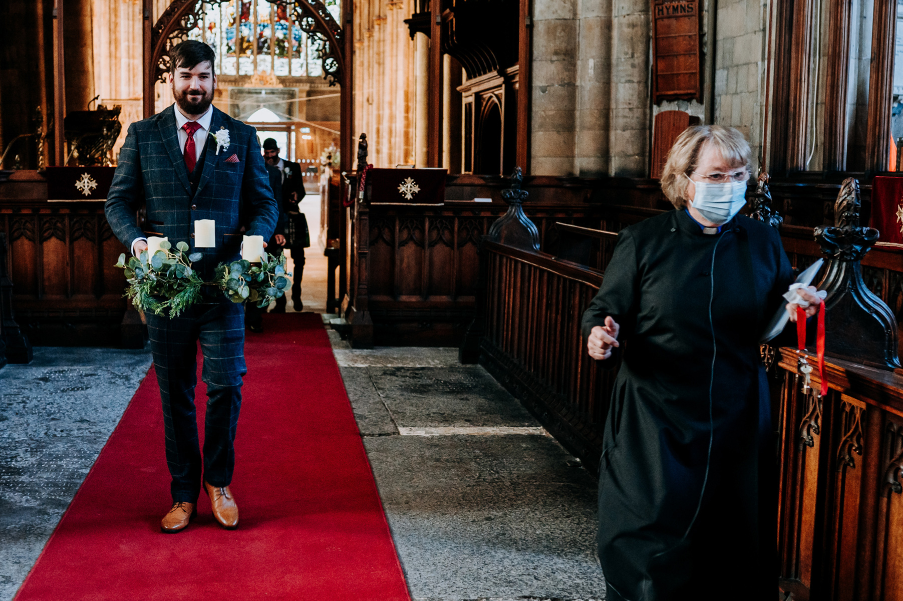 Hull Minster East Yorkshire Wedding Photos | The groom arrives at the church