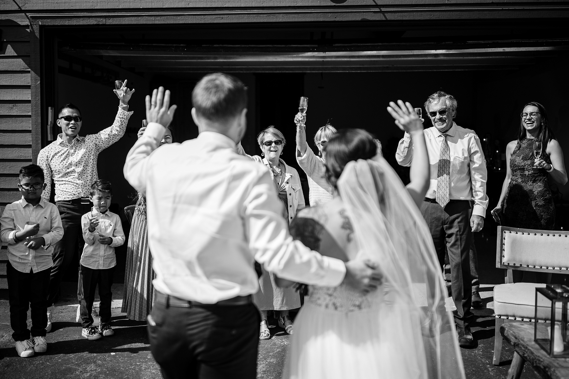 Airbnb Mammoth Lakes Rental Home Wedding Pic | Everyone cheered for the happy couple as they arrived for the celebration
