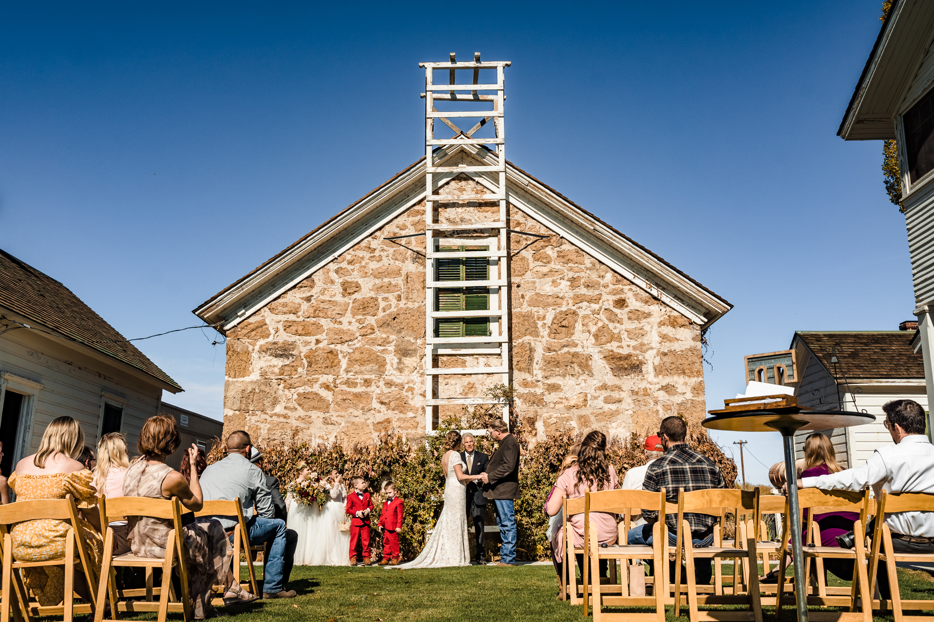 Dangberg Home Ranch Historic Park Wedding Pictures | The ceremony was intimate