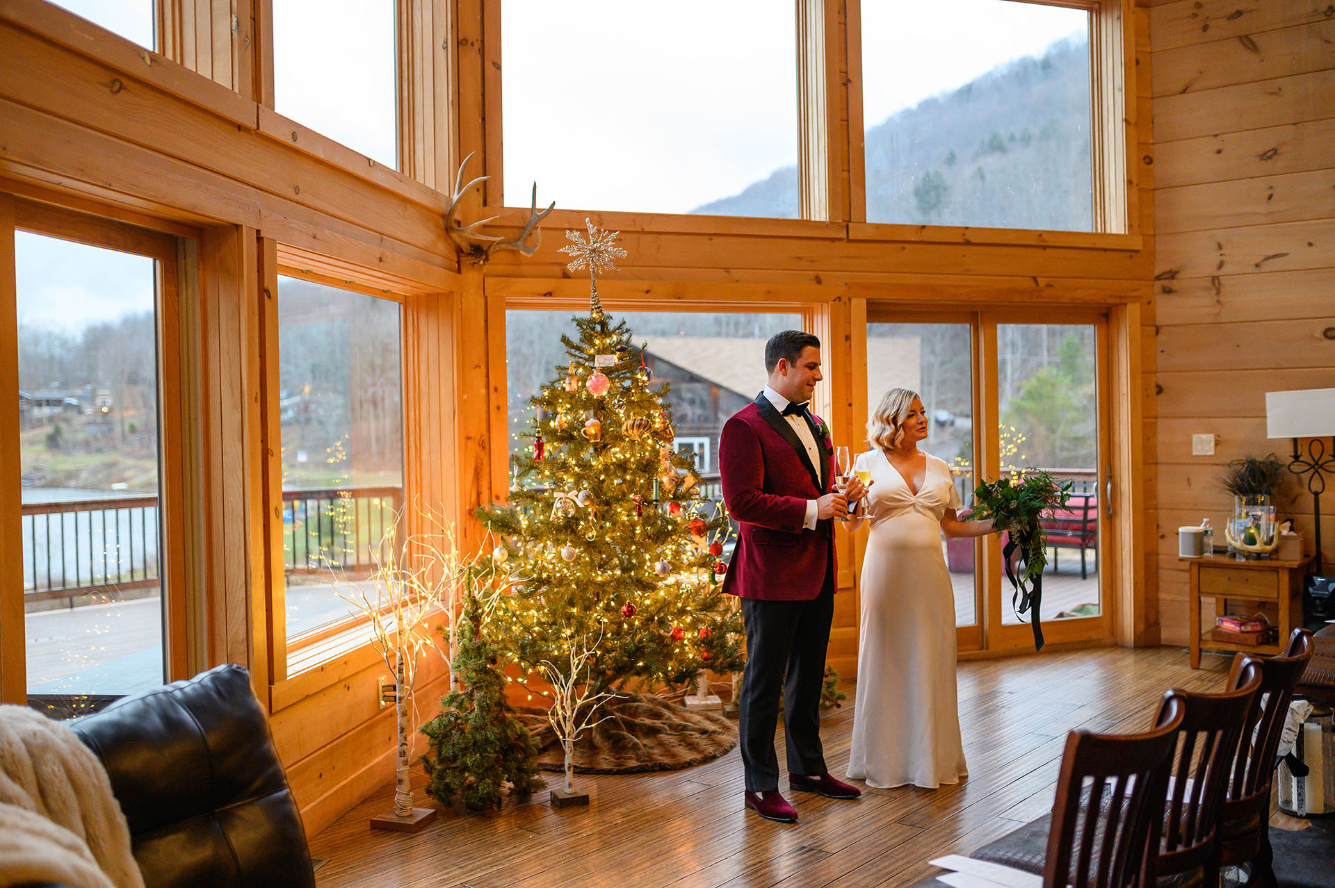 Catskills, NY Airbnb - Wedding Reception Picture | The bride and groom toast their guests for making the long trip, taking covid tests