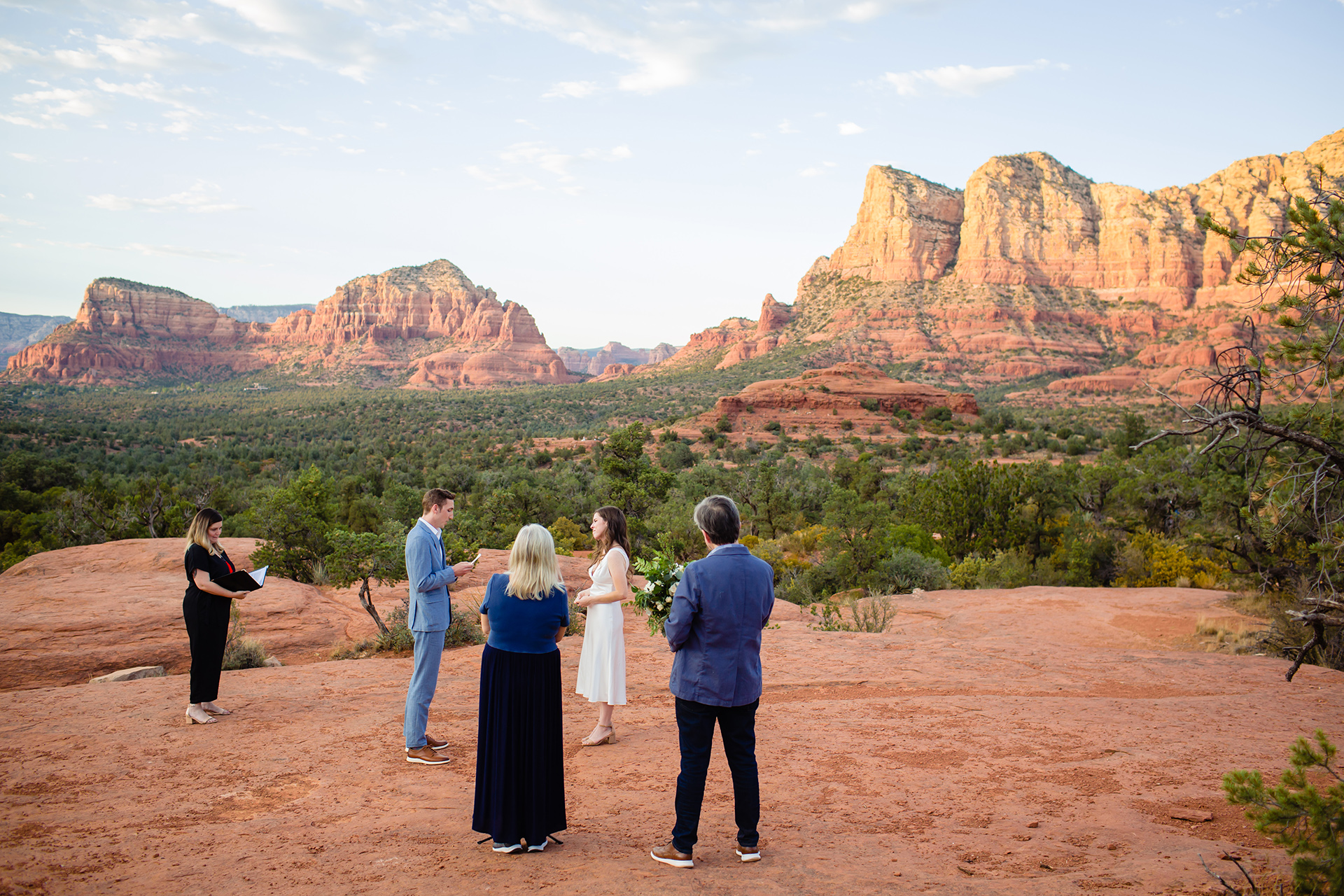 Sedona Wedding Photographer | The bride's sister was the officiant