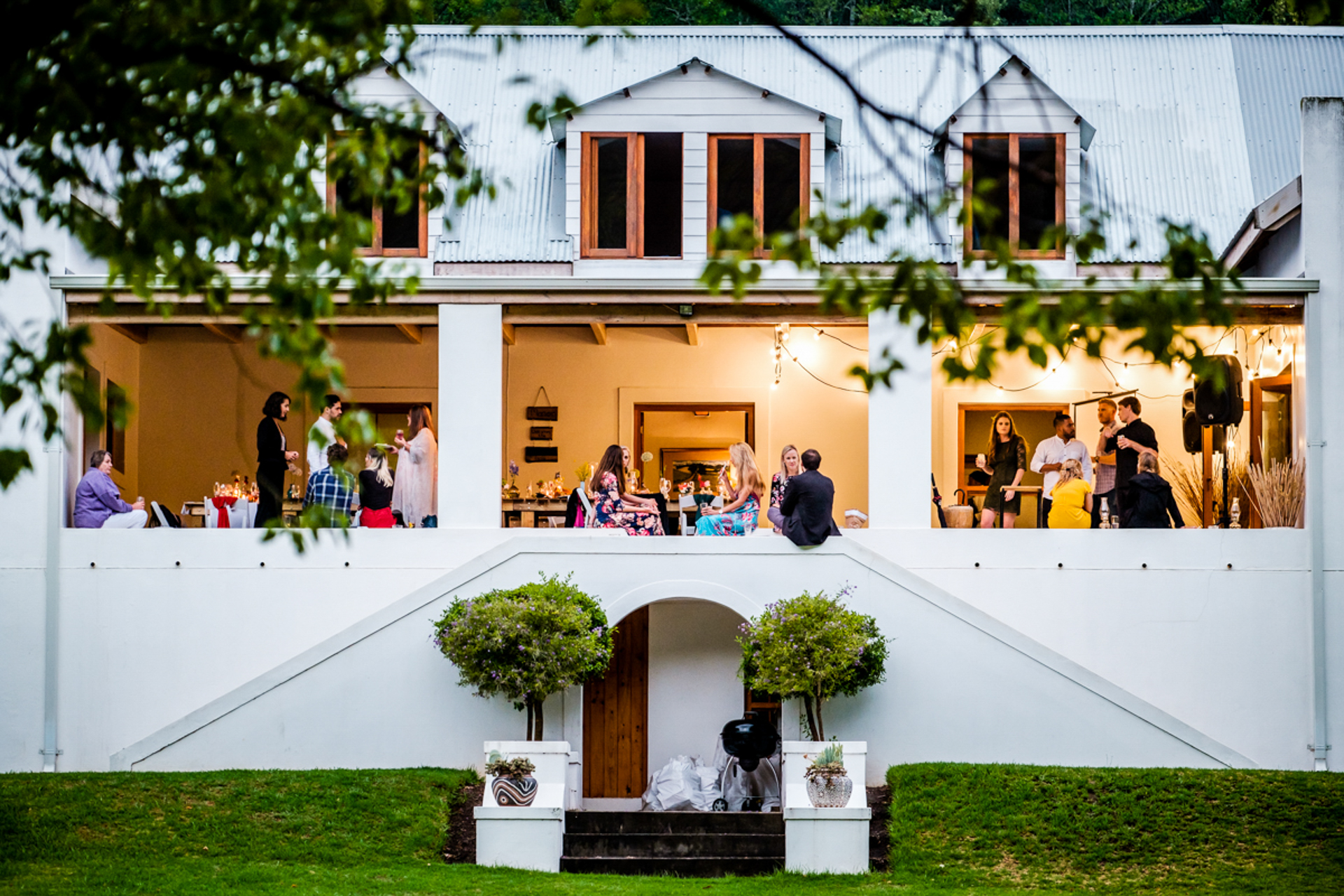 Overberg, SA Wedding Photography | The guests enjoying pre-drinks at the stunning 1800's styled farmhouse