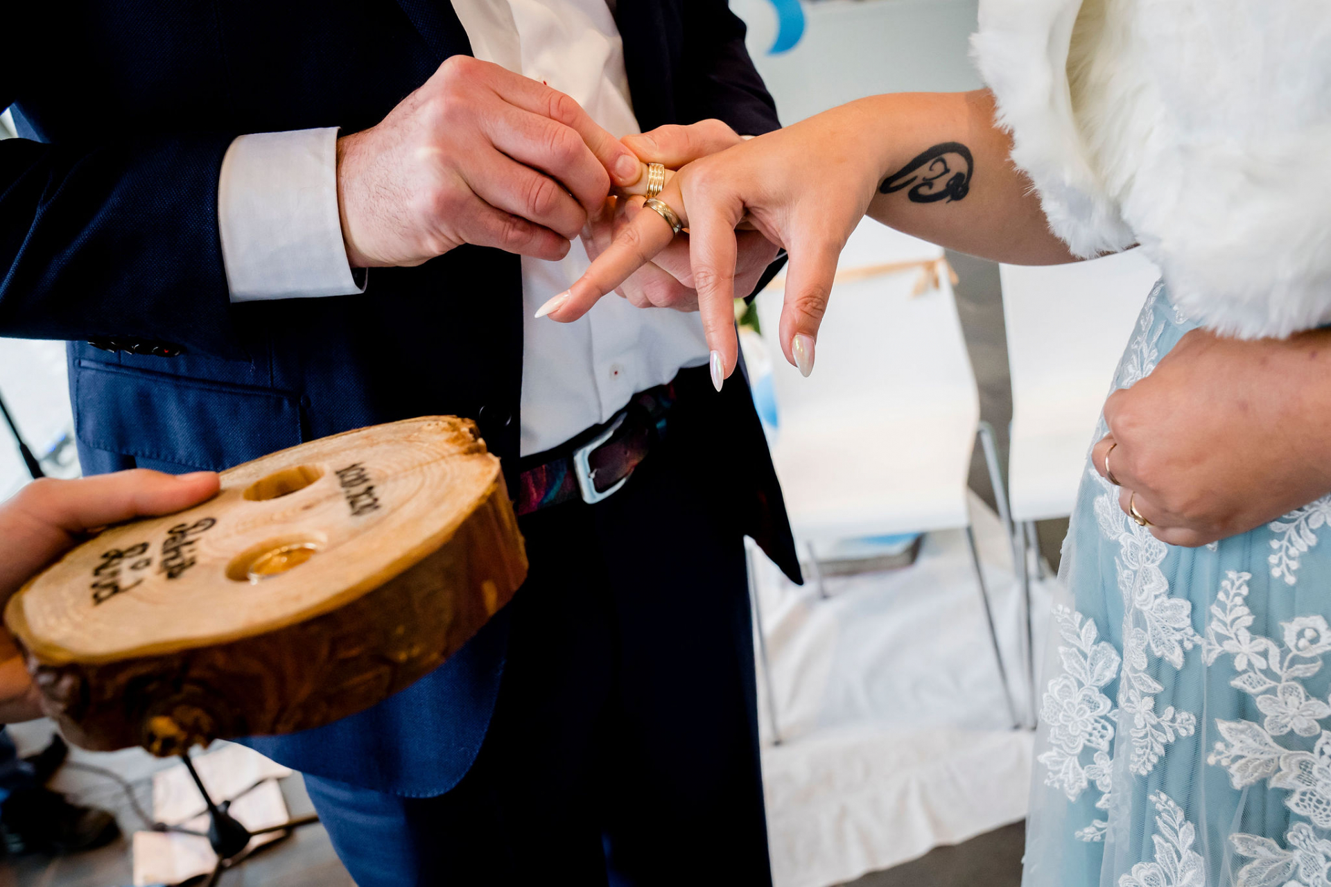 Rotterdam Wedding Photography | The ring ceremony, to symbolize eternal love