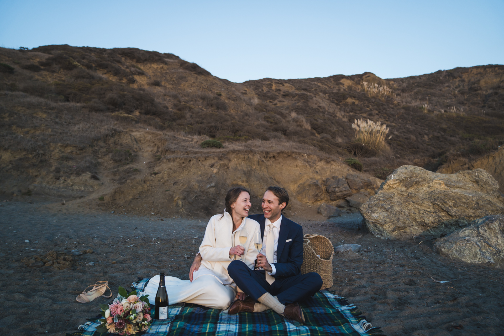 Cliffside Park Wedding Image, State Route 1 - SF, CA | A beach blanket cocktail hour