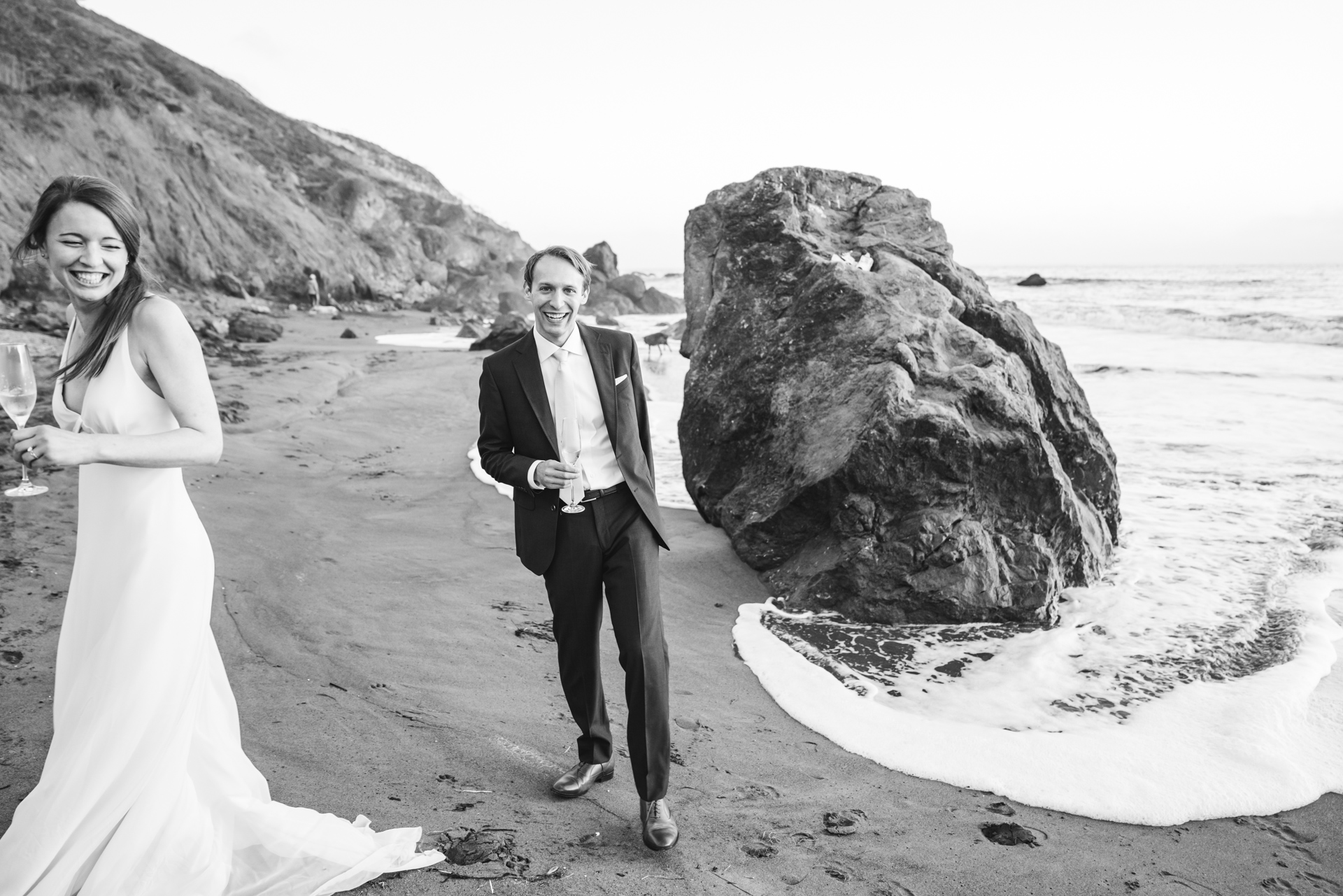 Muir Beach Overlook Wedding Portraits - San Francisco Bay Area | a relaxing day as the couple walked and danced