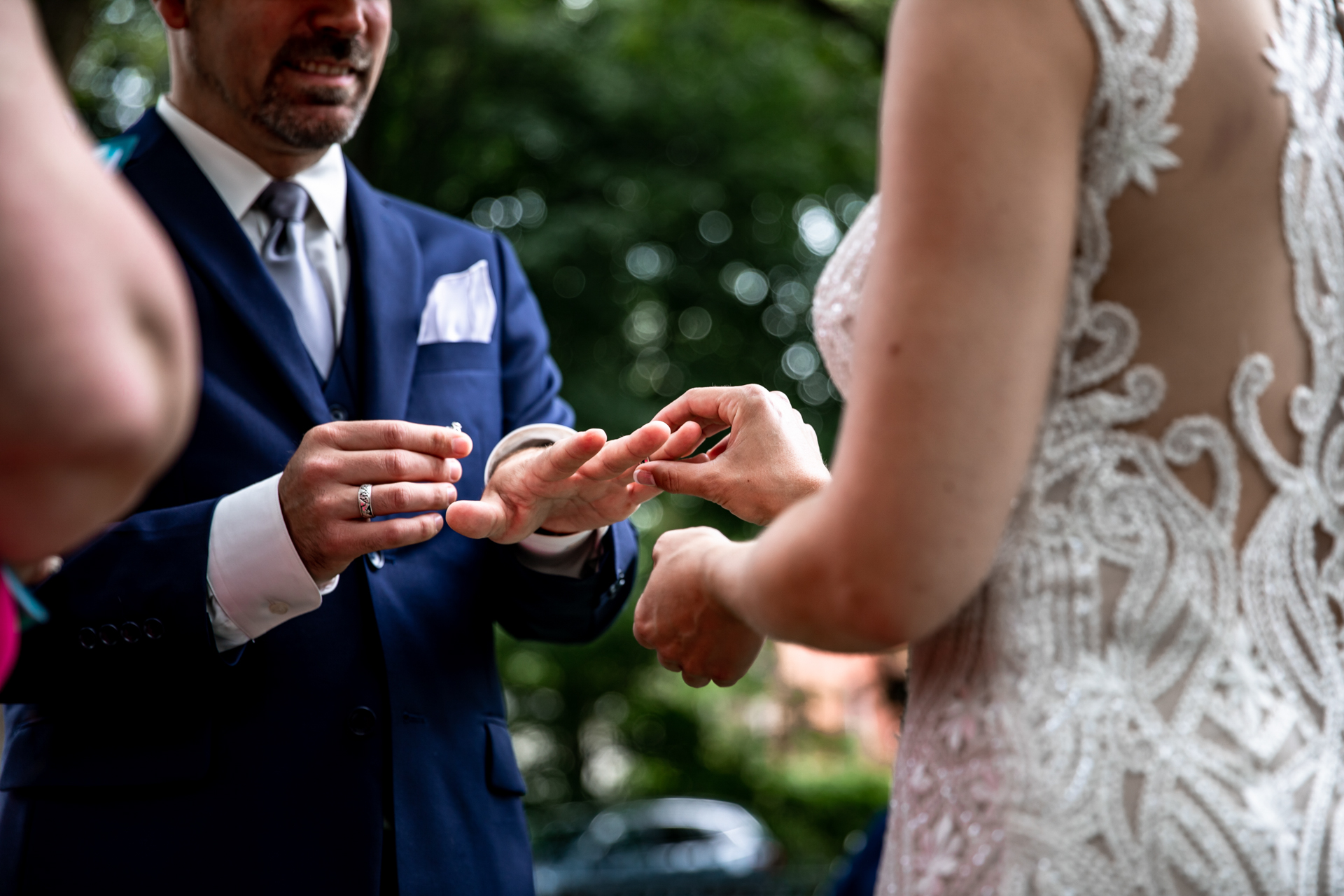 Summit Manor Outdoor Wedding Ceremony Venue Image | The ring exchange in the garden event
