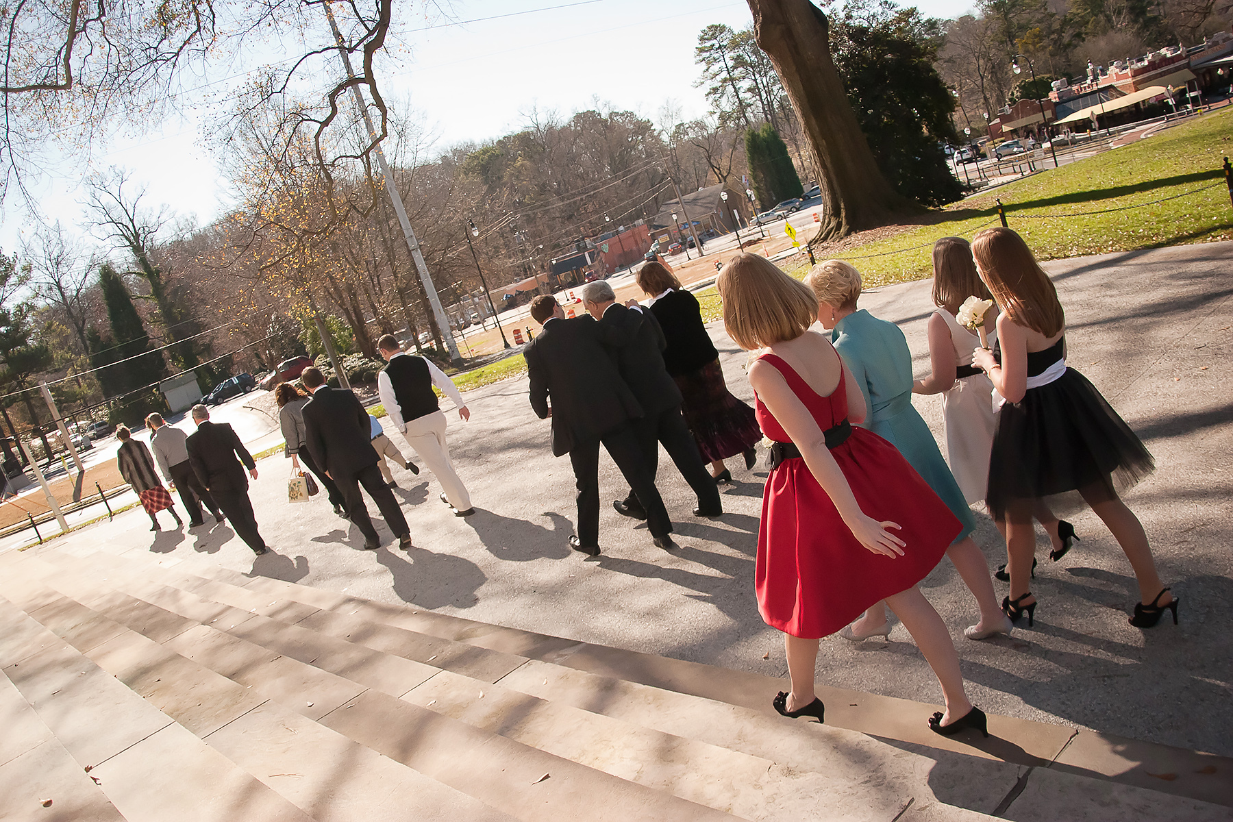 Outdoor Wedding Pic from Glenn Memorial UMC | Walking to the church on a bright, sunny day