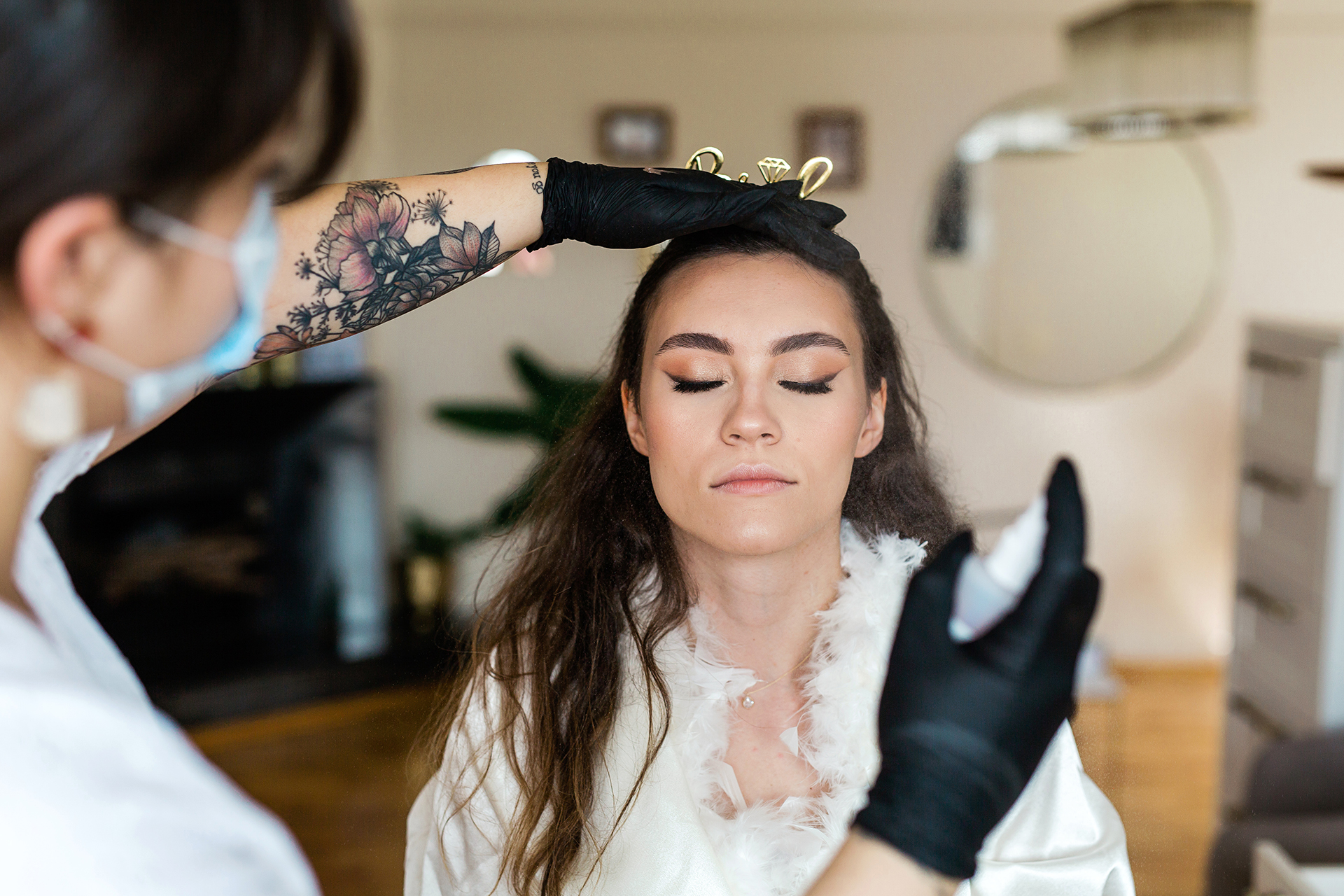 Top Bridal Wedding Photographers for Istanbul | Bride preparations and as a tradition continued with the most sensitive family home visit